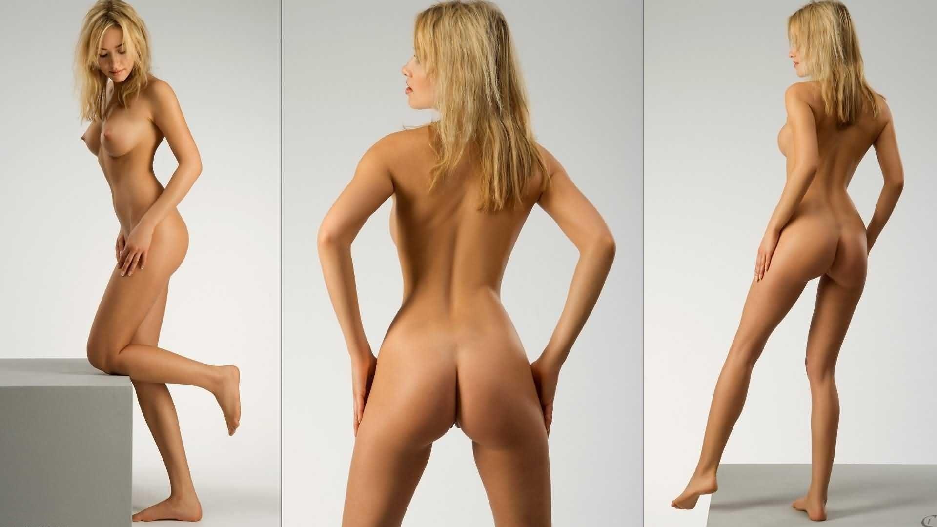 Sexy blonde cheerleaders ass