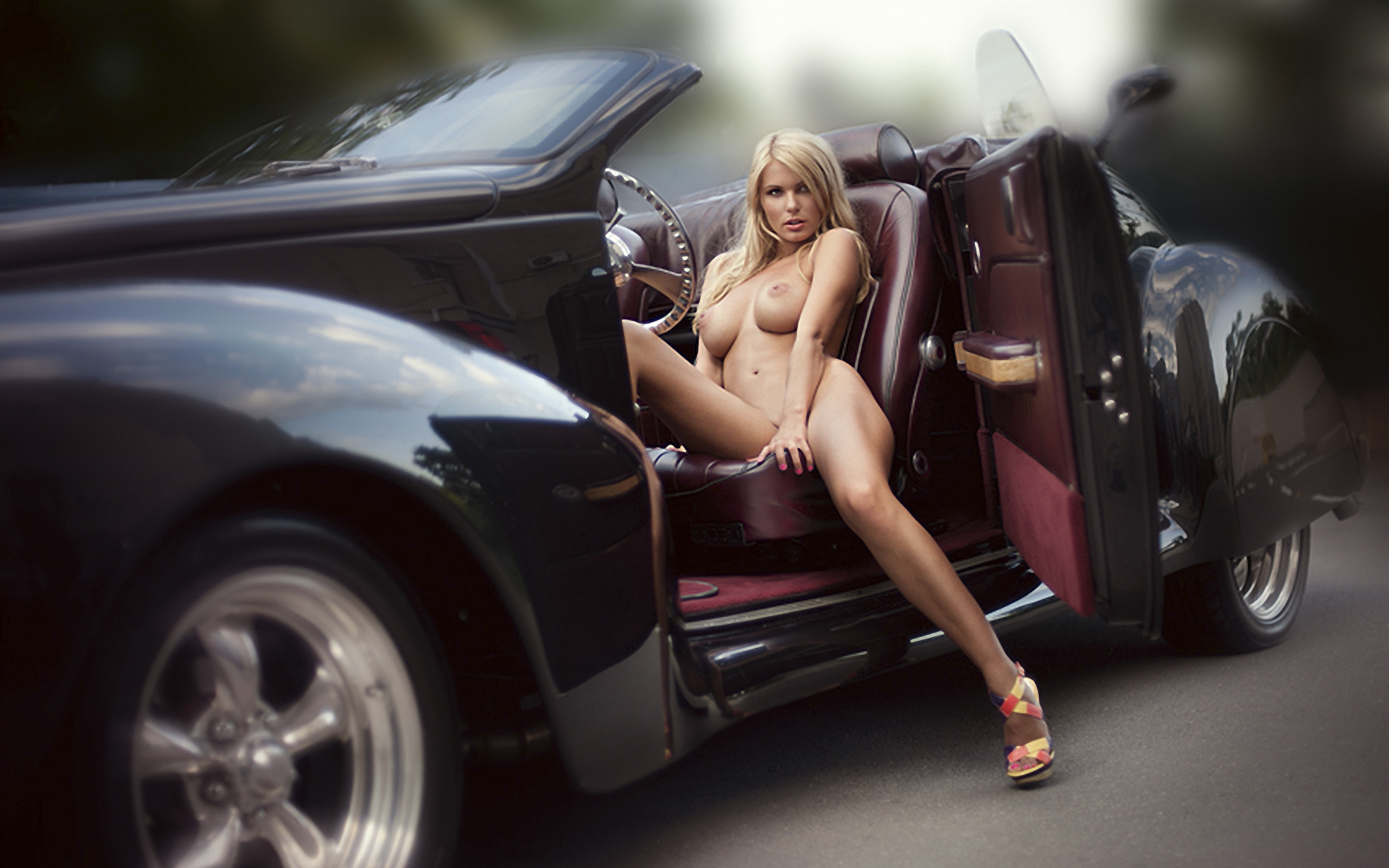 Girls And Cars Naked