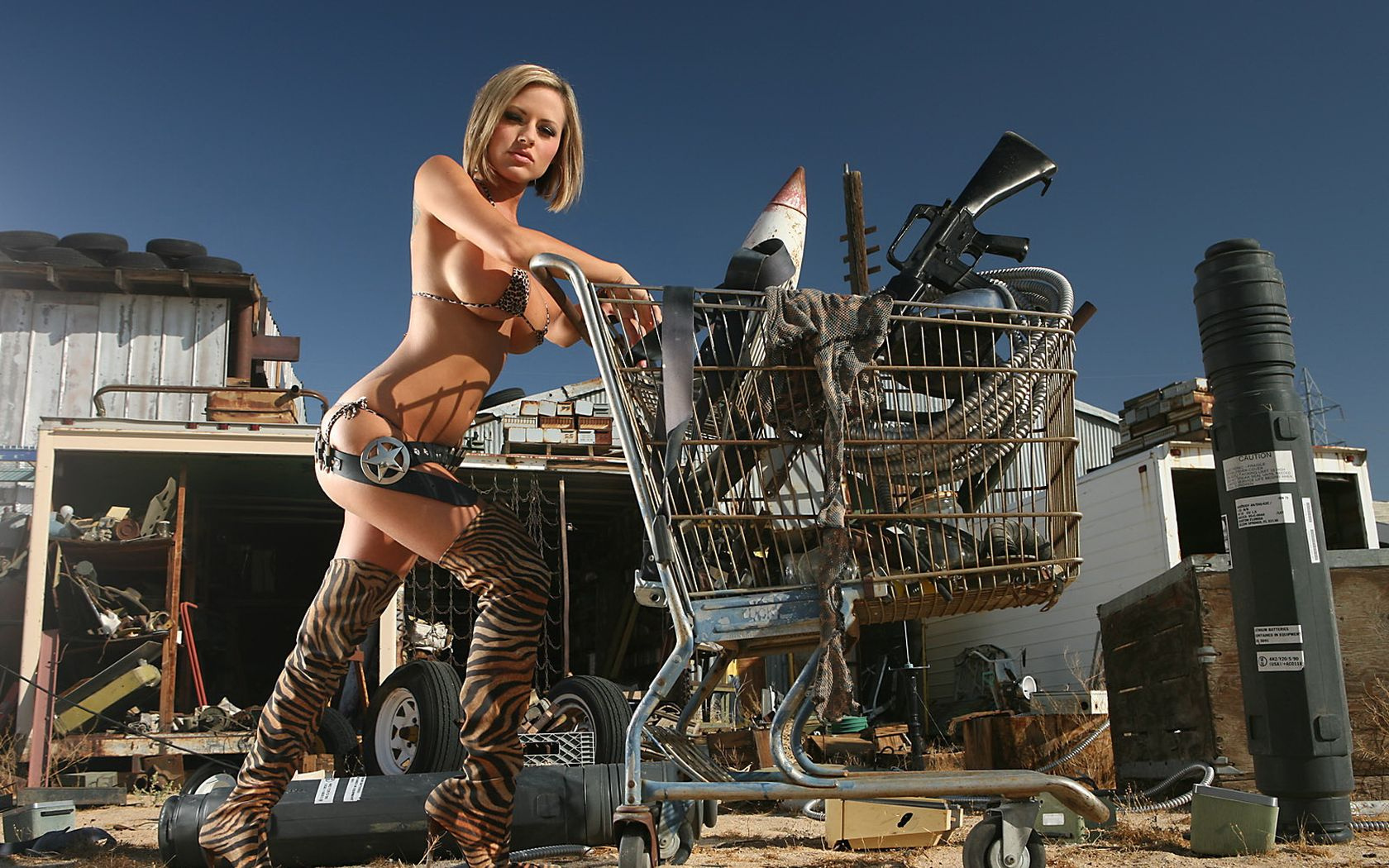 nude-girls-with-tools
