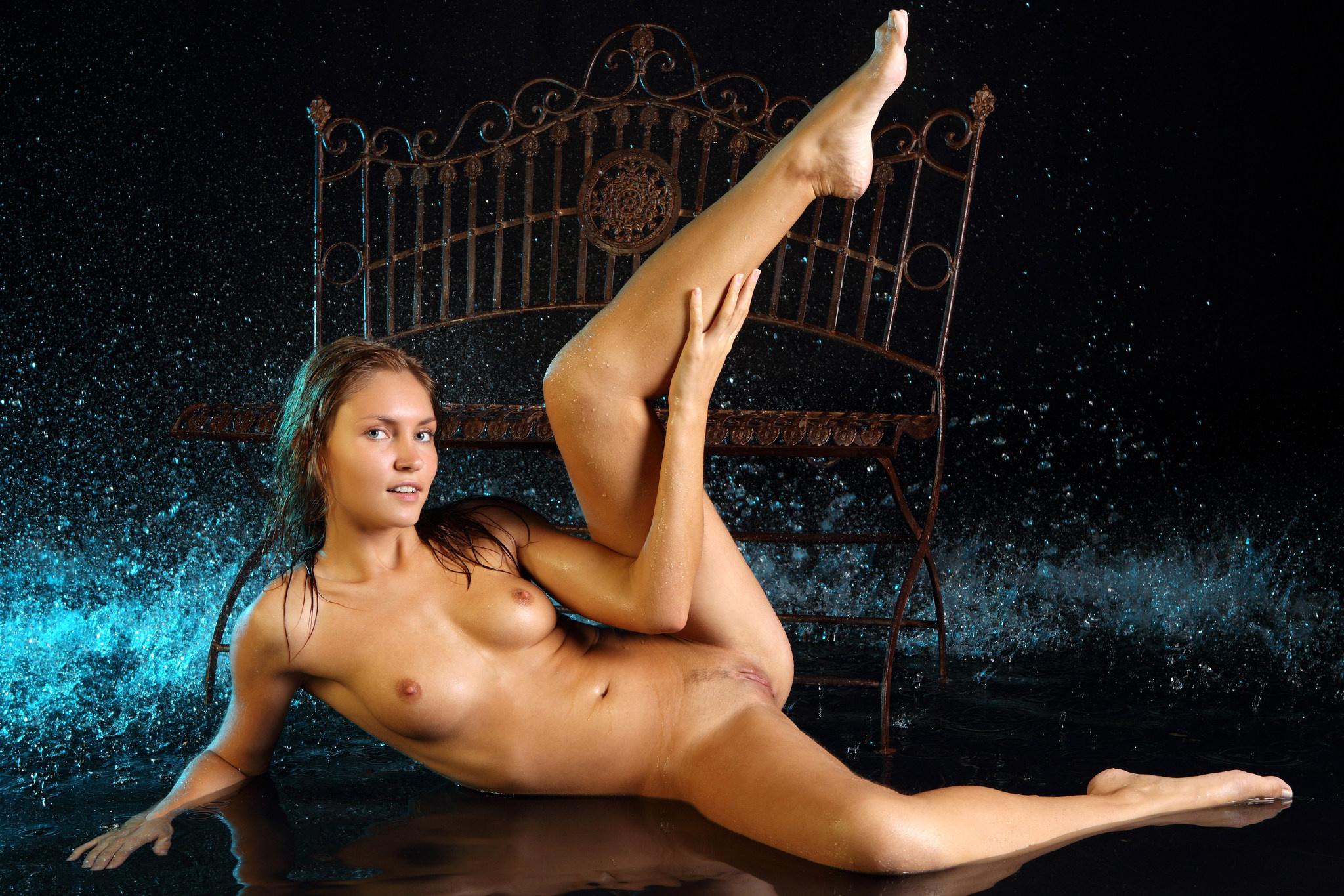Sexy Women Desktop Wallpaper