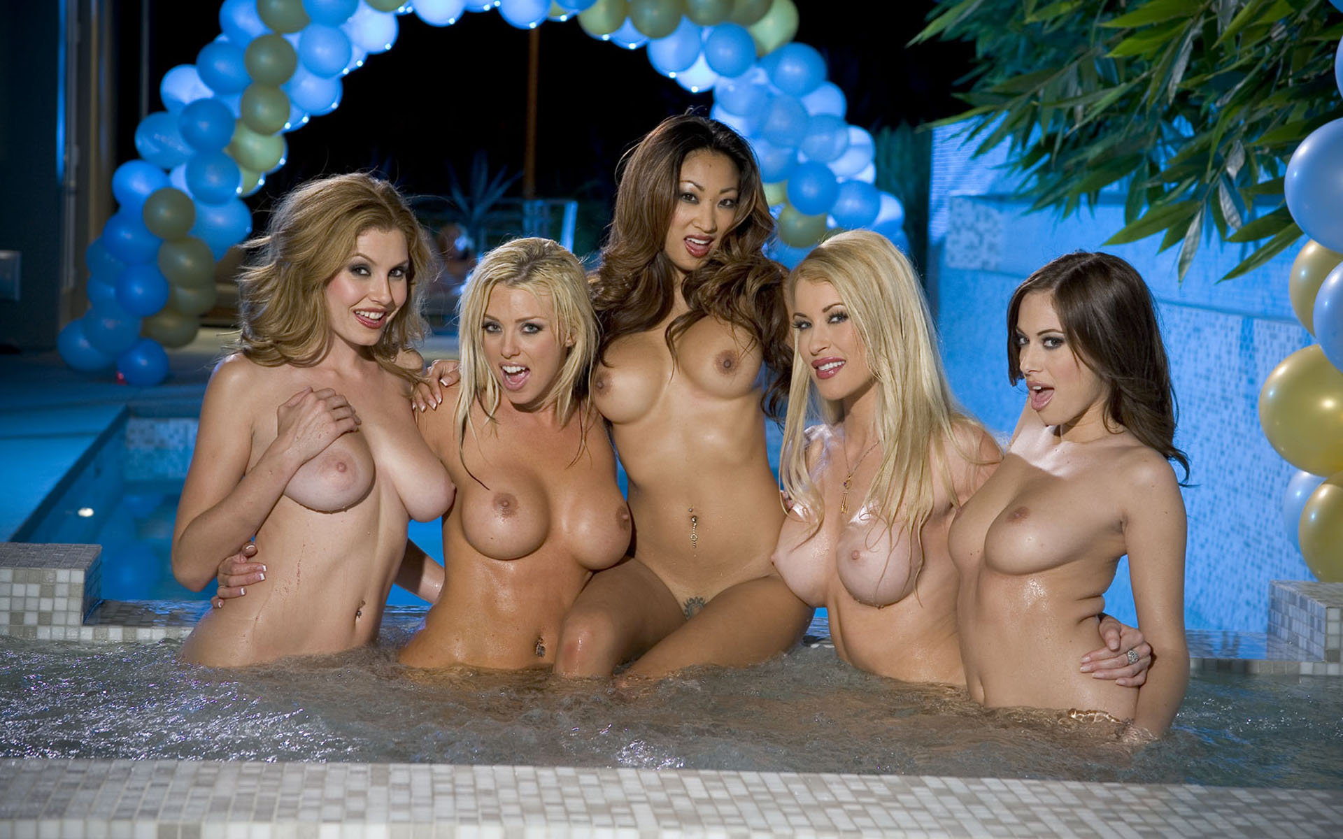 Wallpaper Five Girls, Naked, Hot, Bath, Water, Brittney -1689