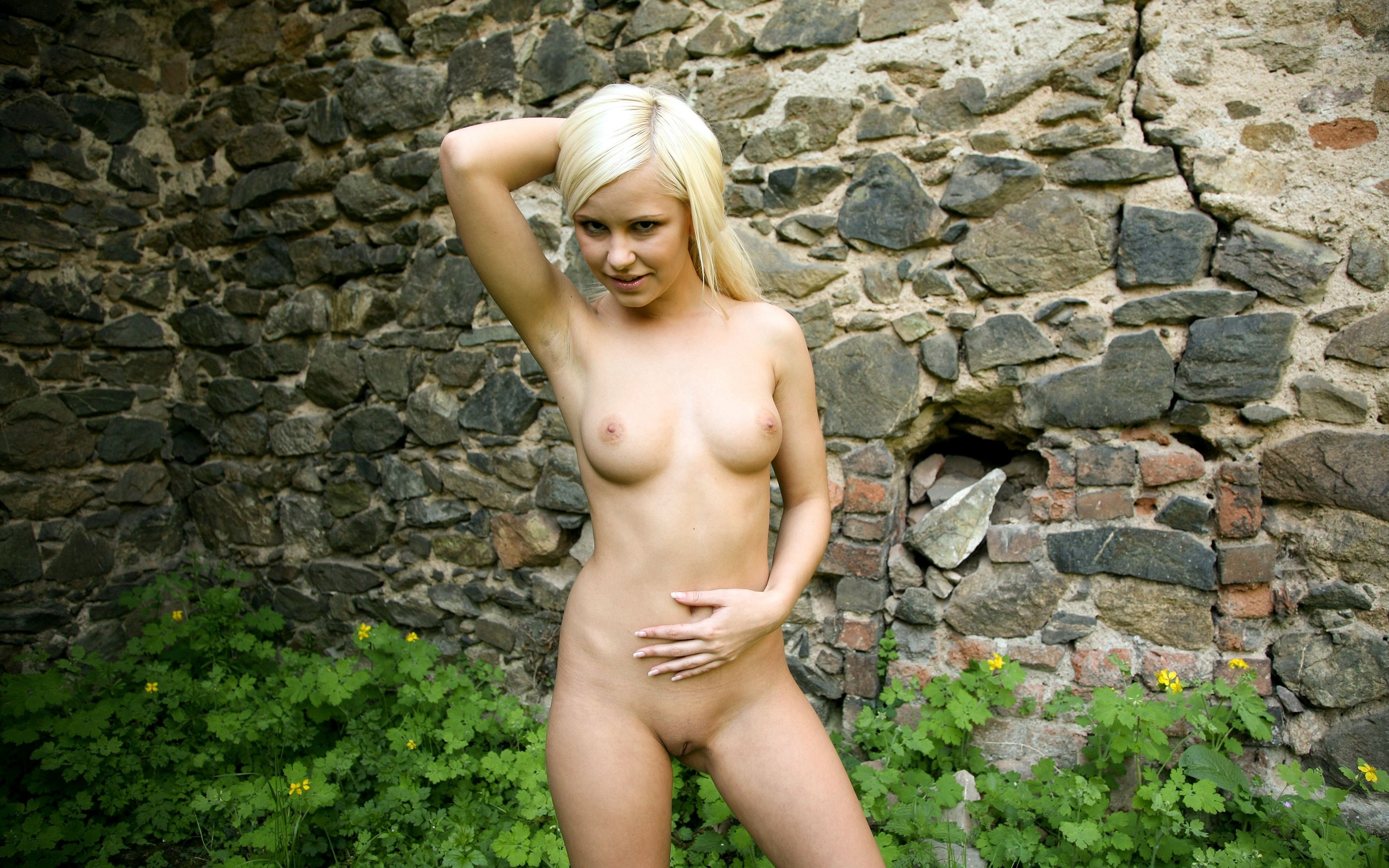 Young Boobs Naked