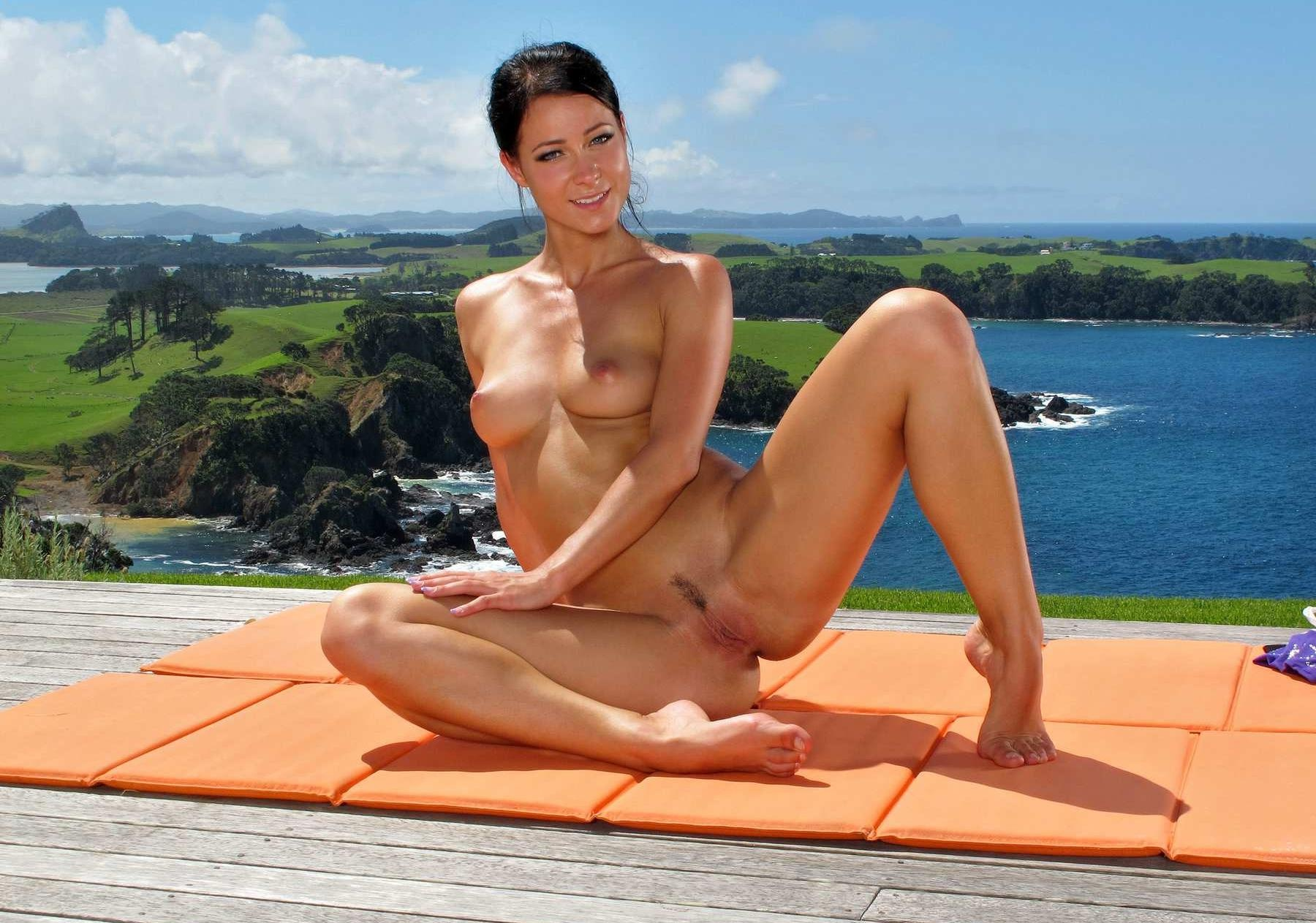Think, Melissa a nude yoga accept. opinion