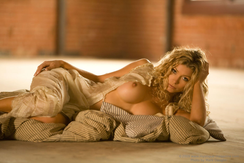 Heather honey nude