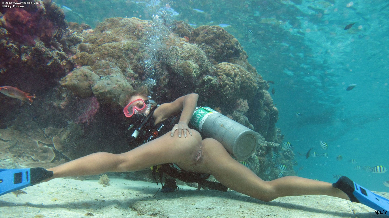 Секс под водой онлайн просмотр бесплатно 10 фотография