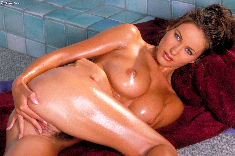 nude spreading atkingdom