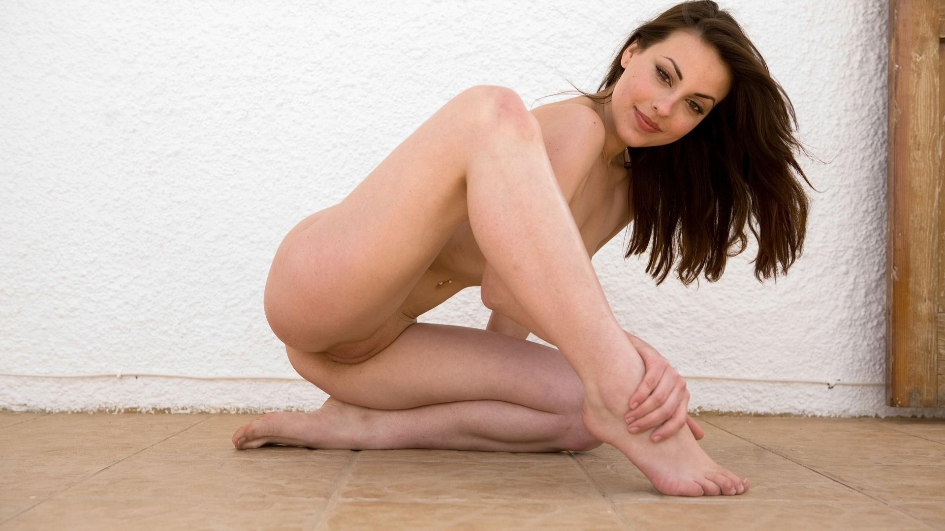 regine nehy nude