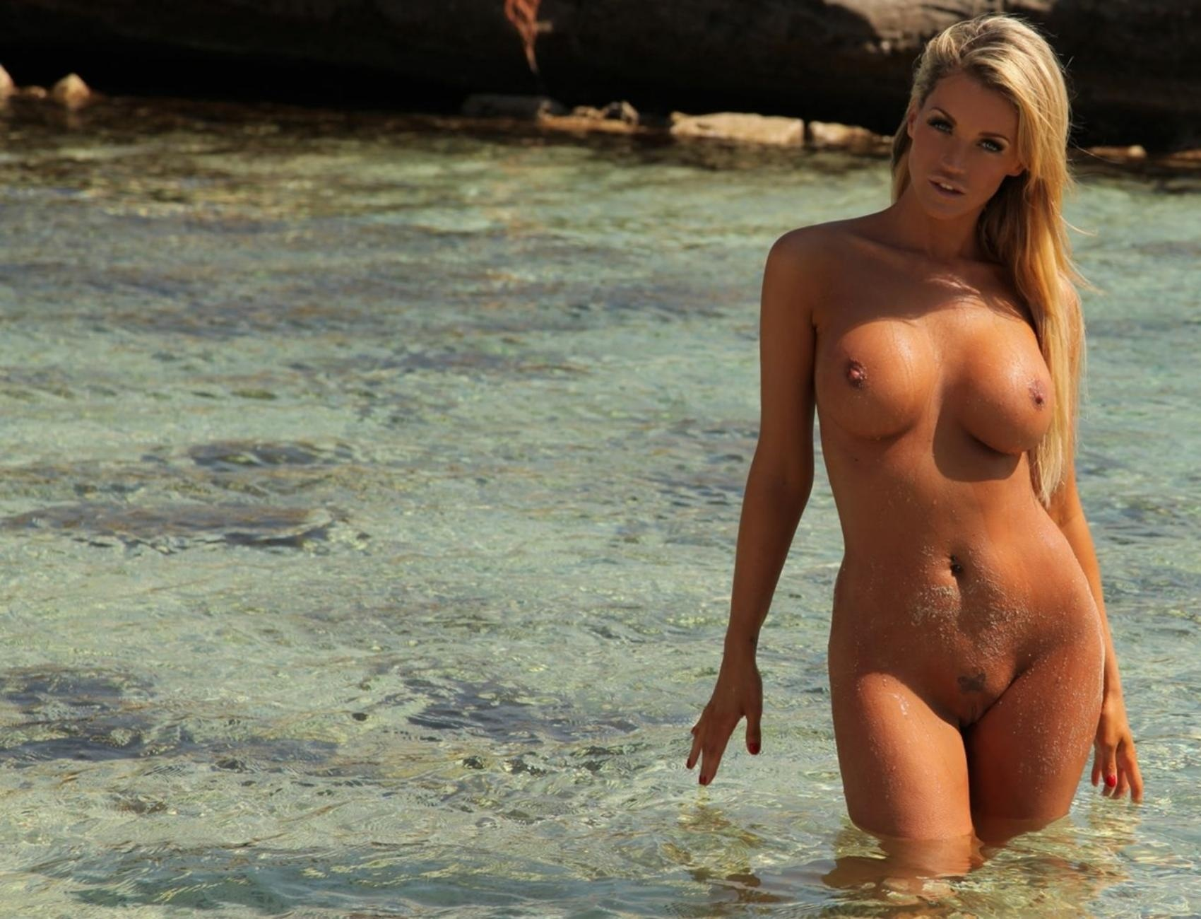 Wallpaper Holly Henderson, Nude, Naked, Beach, Big Tits -1402