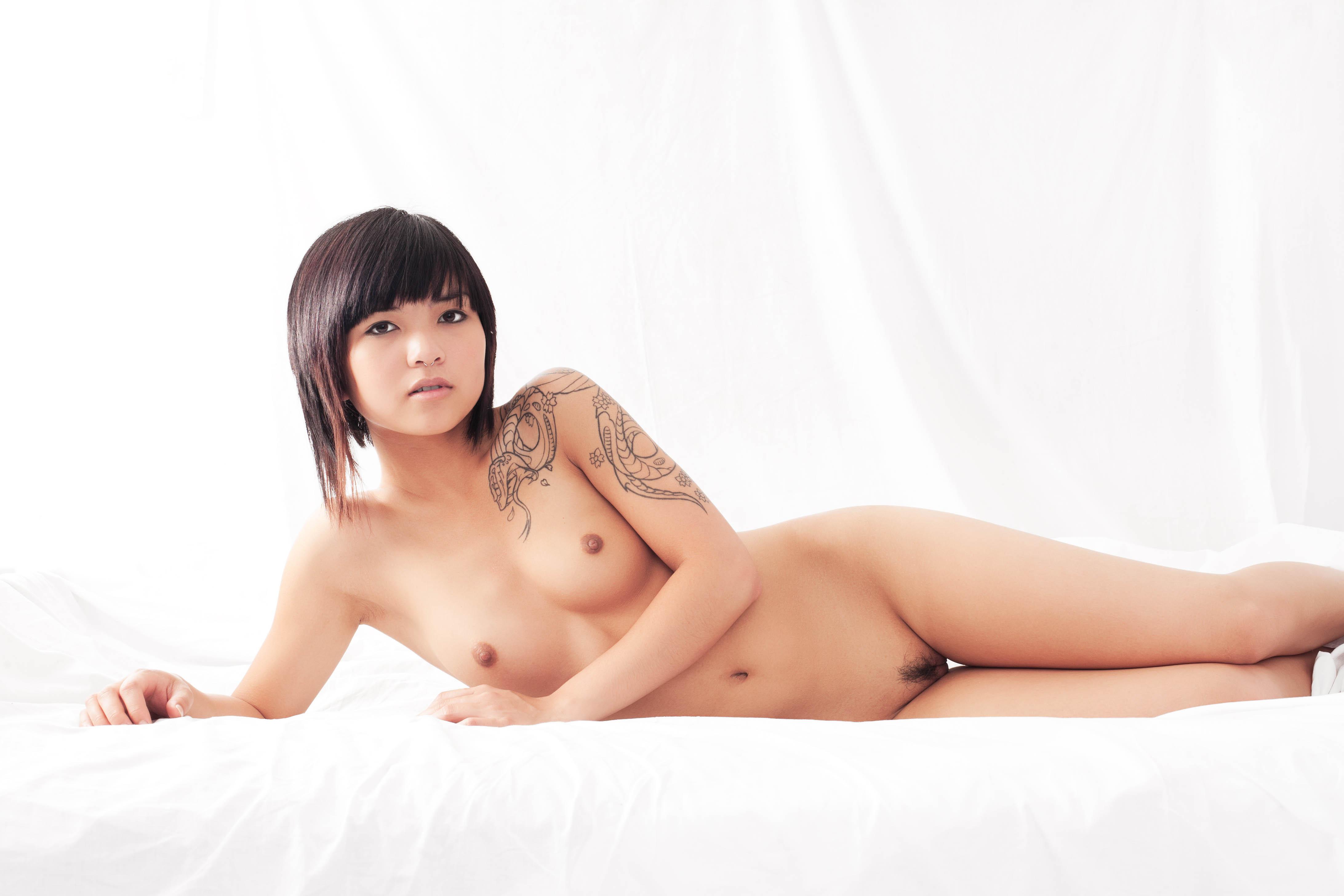 naked female asian atheletes