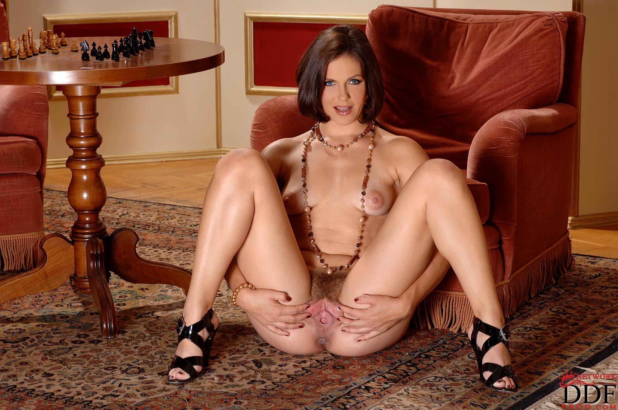 Sexy bad nude girls