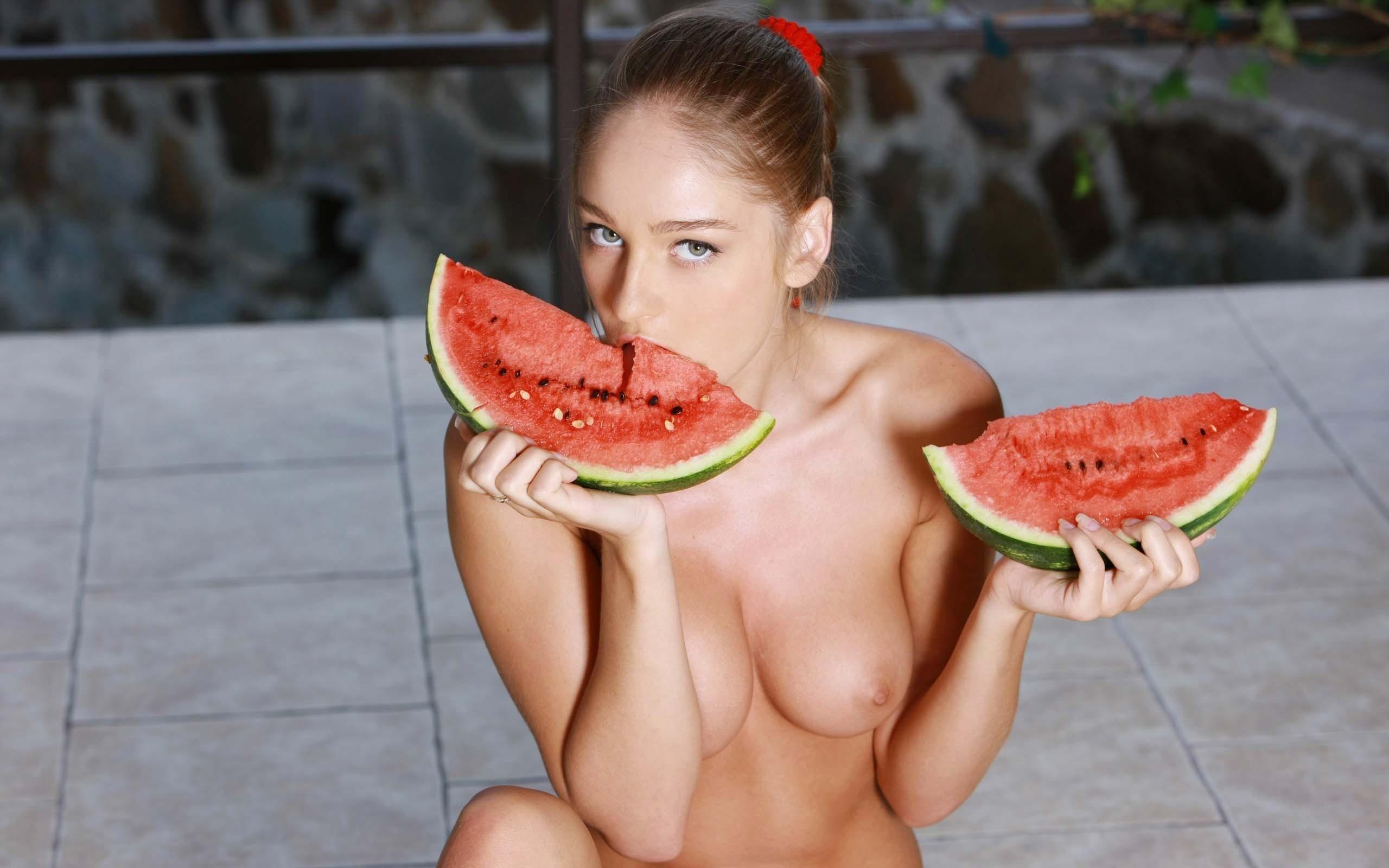 water-melon-nude-sex-rachel-roxxx-dildo-in-ass