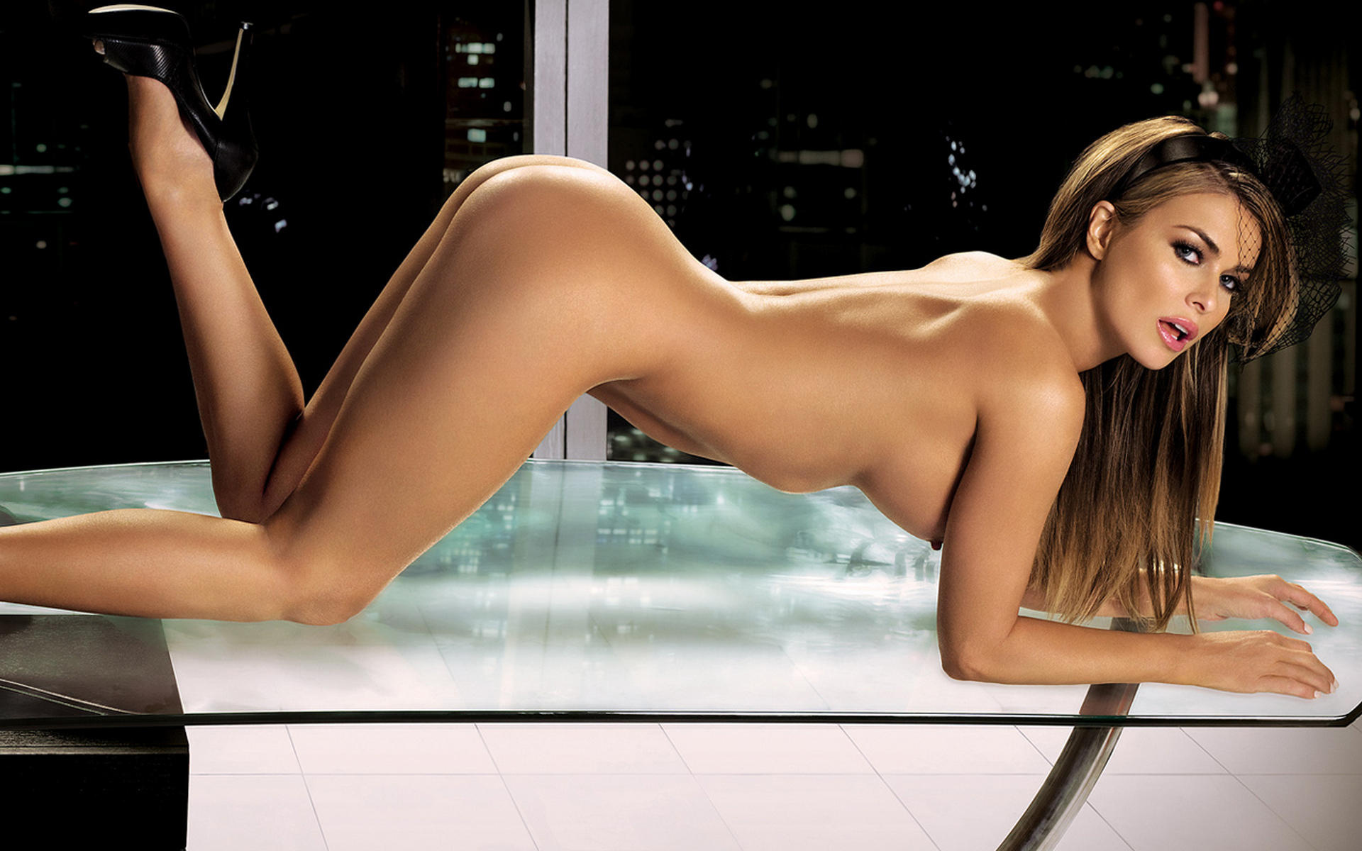 Carmen electra naked porno excited too