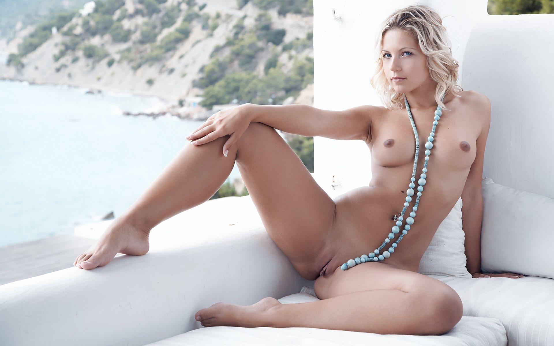 Jenni falconer nude pictures