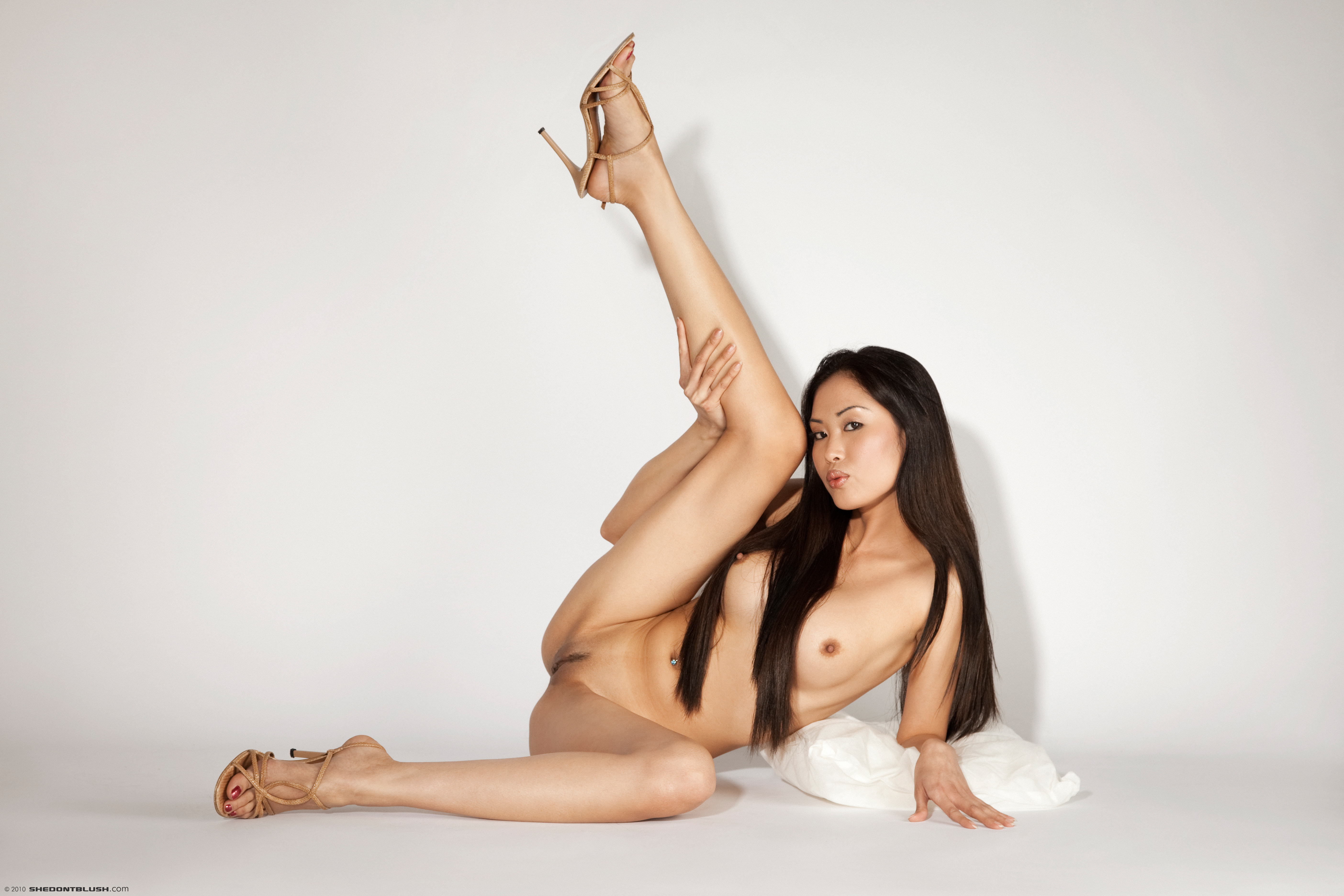 Not Skinny asian spread legs topic