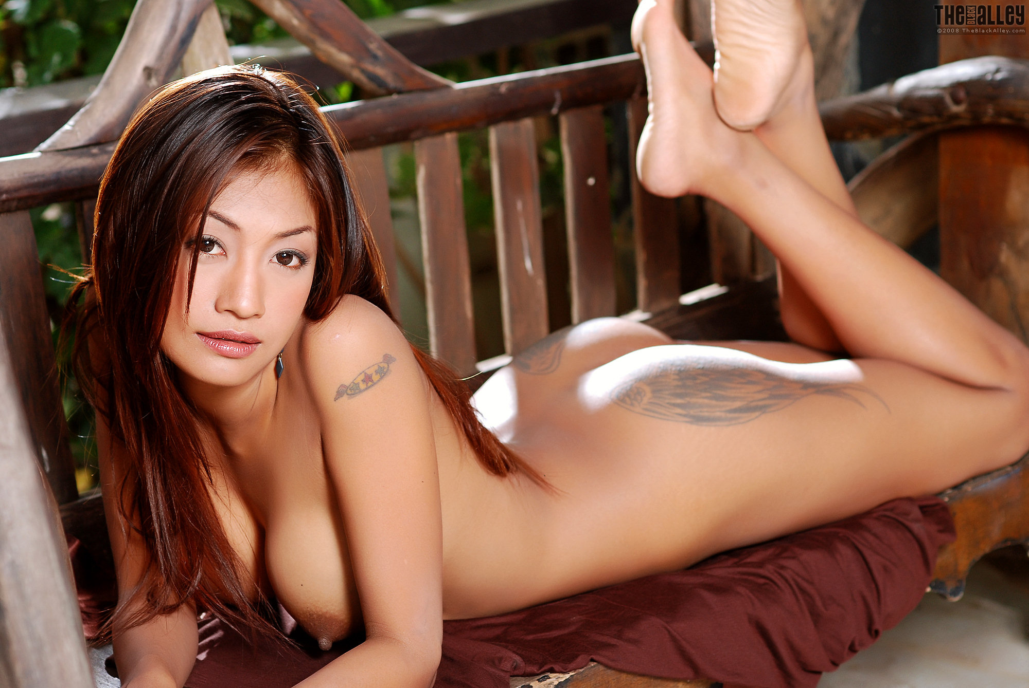 Hot Naked Asian Women With Tattoos
