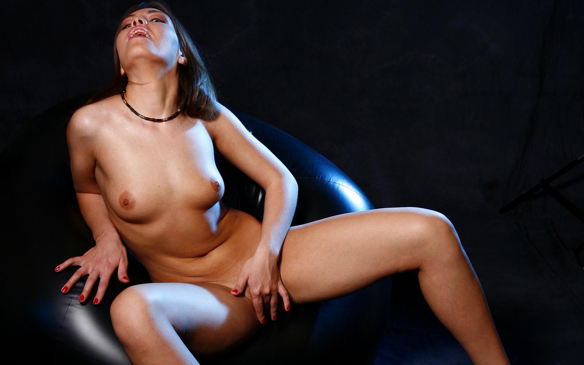 girls first anal sex