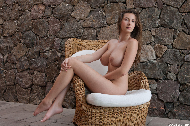 Стройная фигура и большая грудь фото 6 фотография