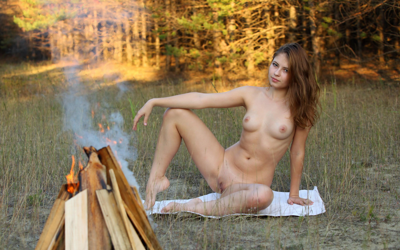 Nude girls smoking outdoors