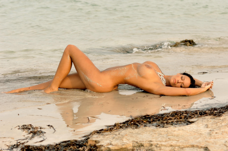 Wallpaper Vivian, Brunette, Boobs, Nude, Sea, Ocean, Beach -8392