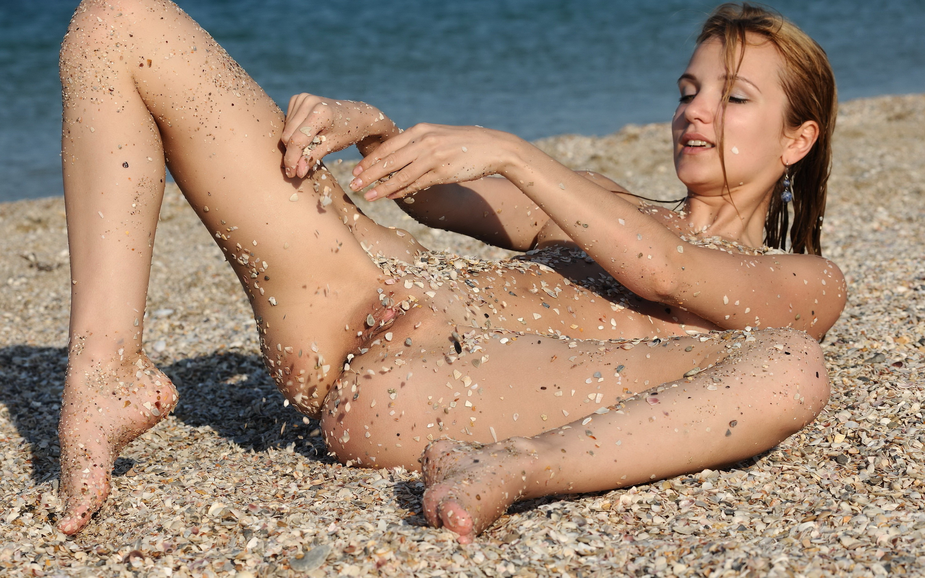wallpaper karo e, nude, beach, wet, pussy desktop wallpaper - girls