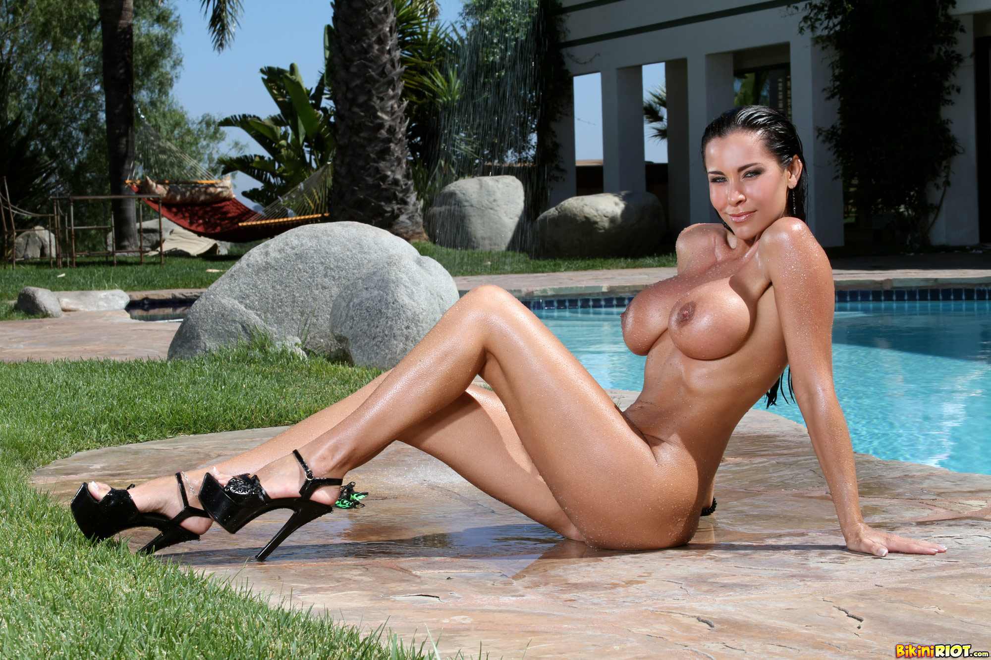 Wallpaper Laura Lee, Big Boobs, Black Hair, Long Legs -1348