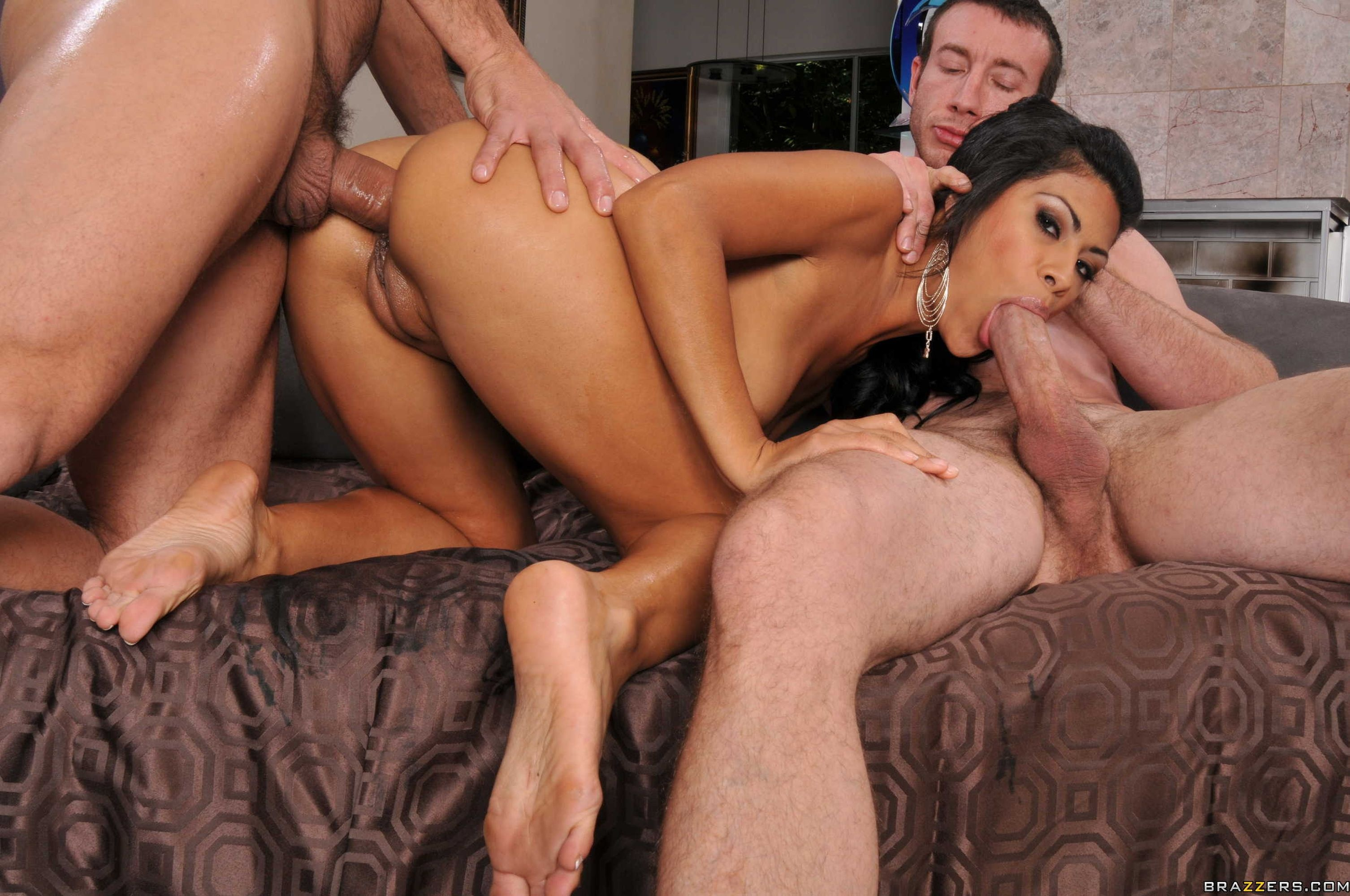 Anal oral threesome