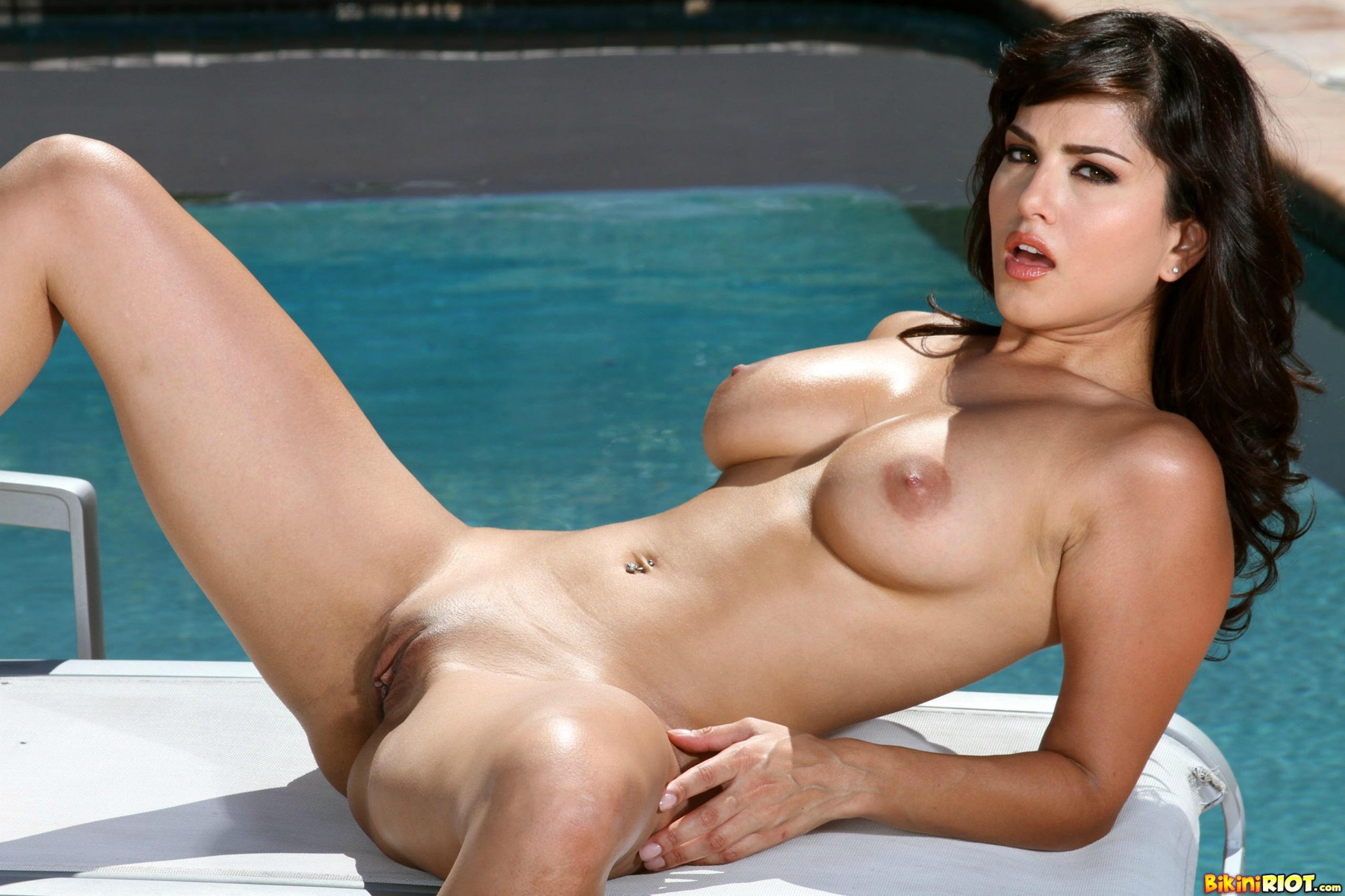 Wallpaper Sunny Leone, Poolside, Boobs, Pussy, Sexy -6427