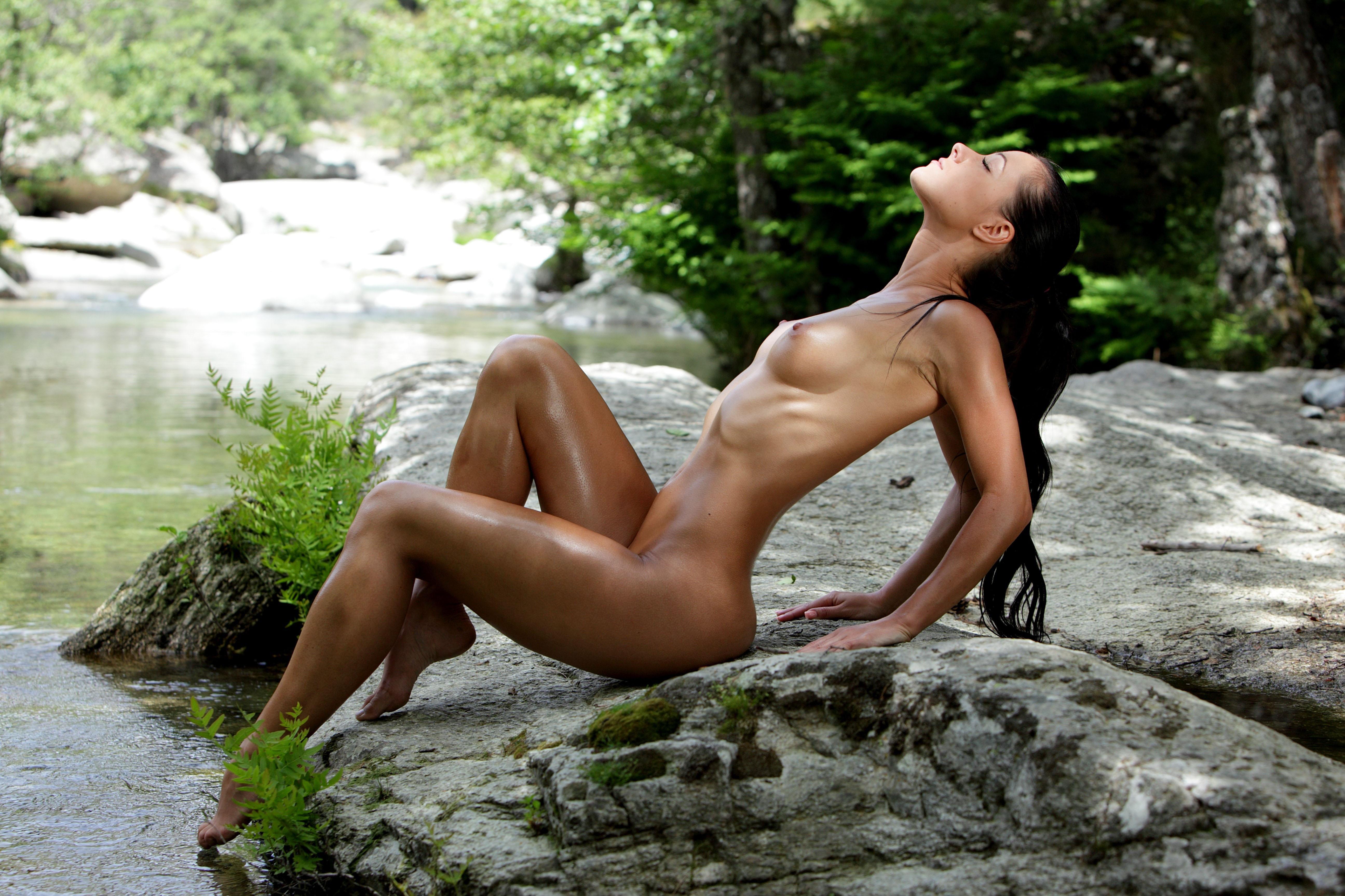 Wallpaper Melisa Mendiny, Brunette, Nude, Tits, Stream, Rocks, Oiled -2158