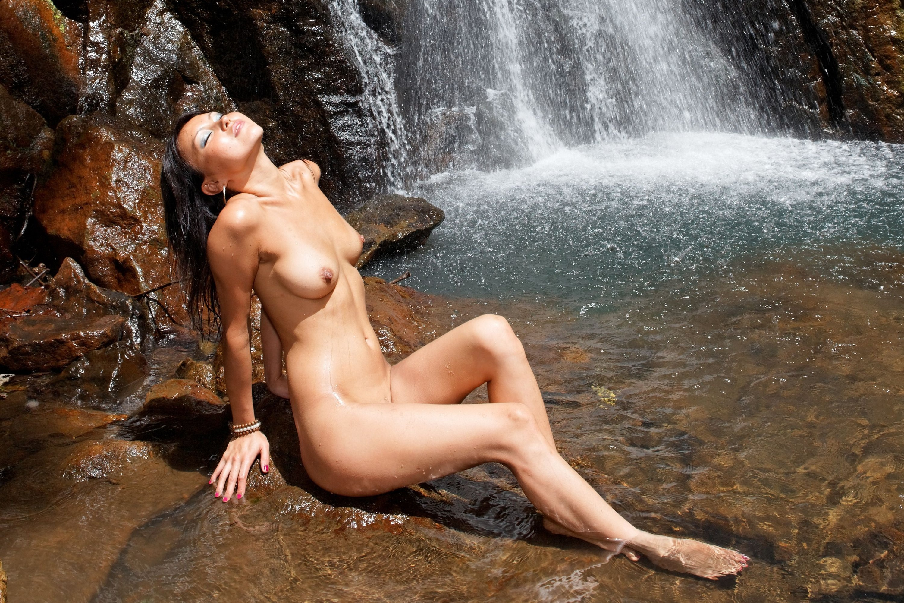 Asian Girls Nude At Waterfall