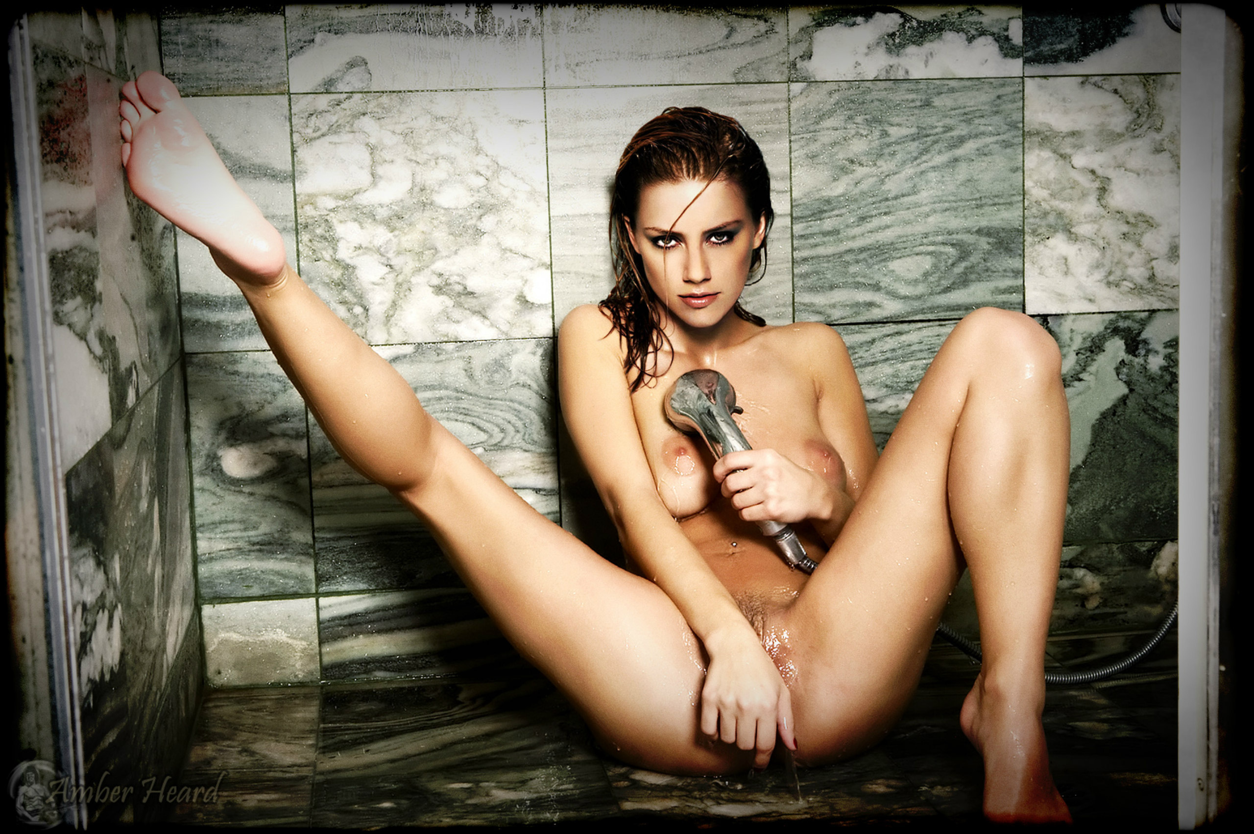 amber heard fake naked pictures