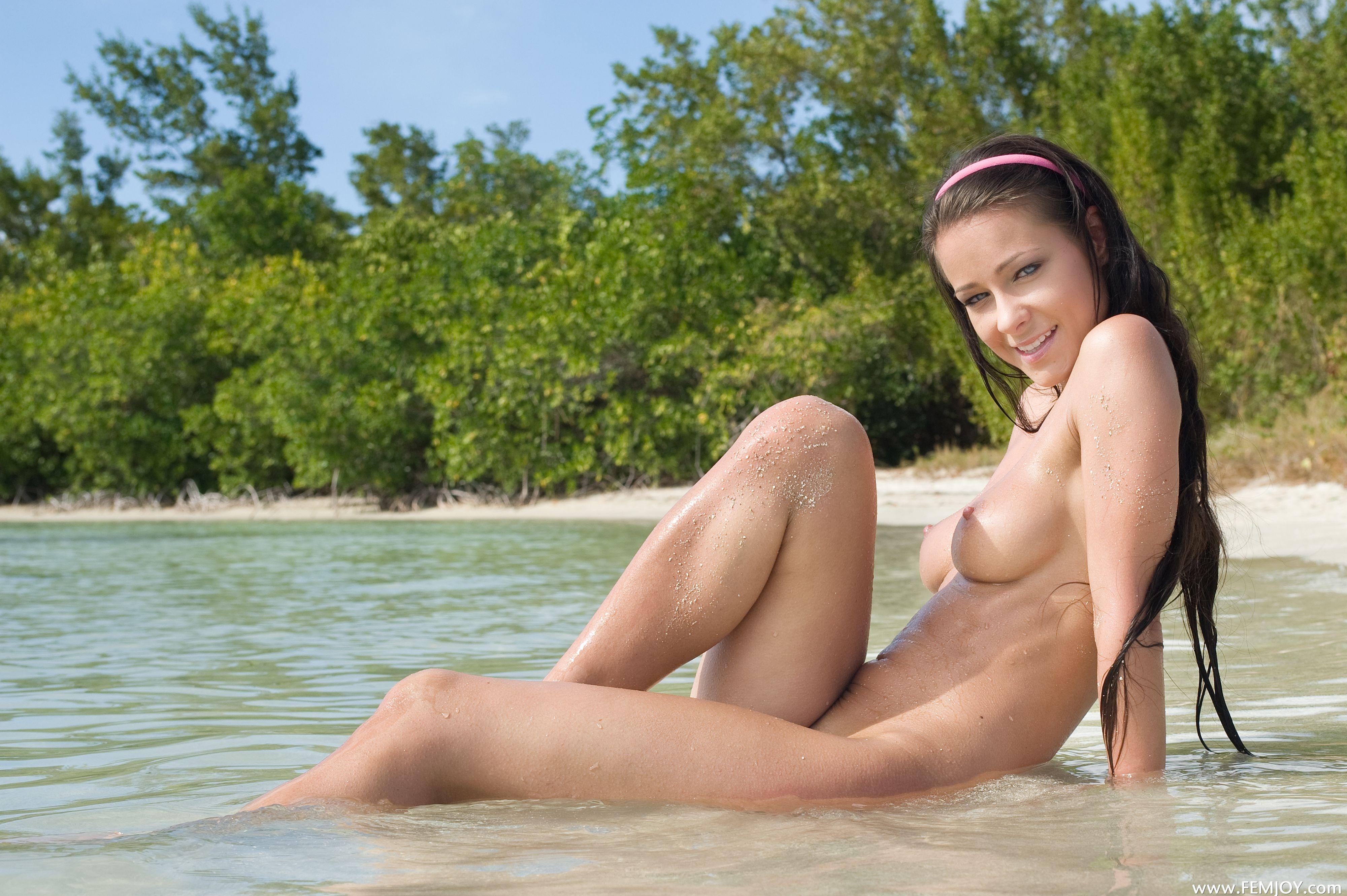 Beach melissa nude