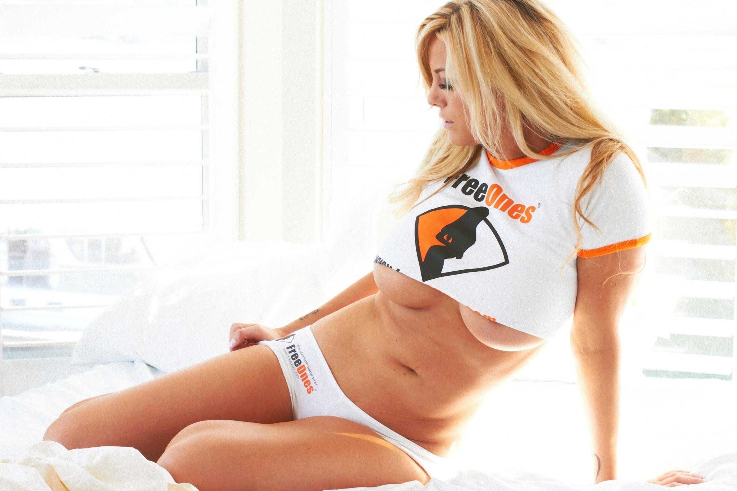 Big tits blonde got anal sex 2