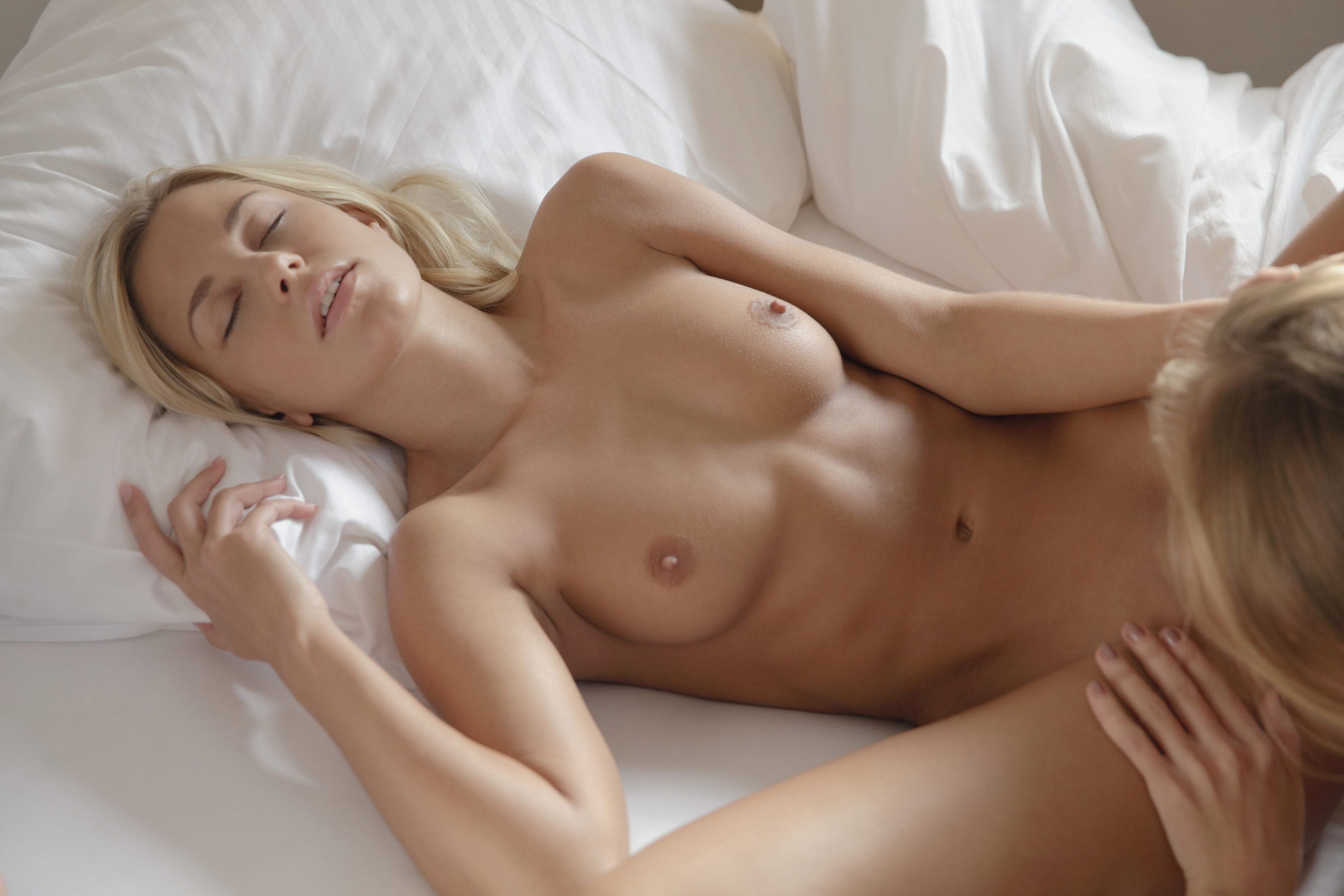 Big titted milf dianna doll munches on a stiff dick - 2 part 5