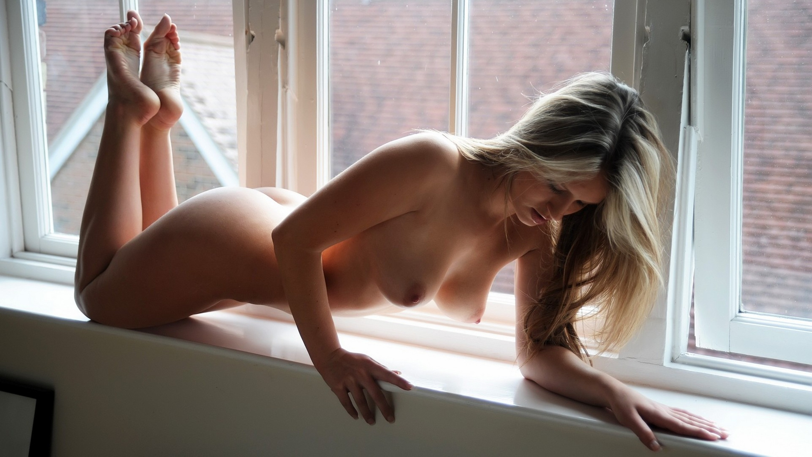 Nude girl in window excellent idea