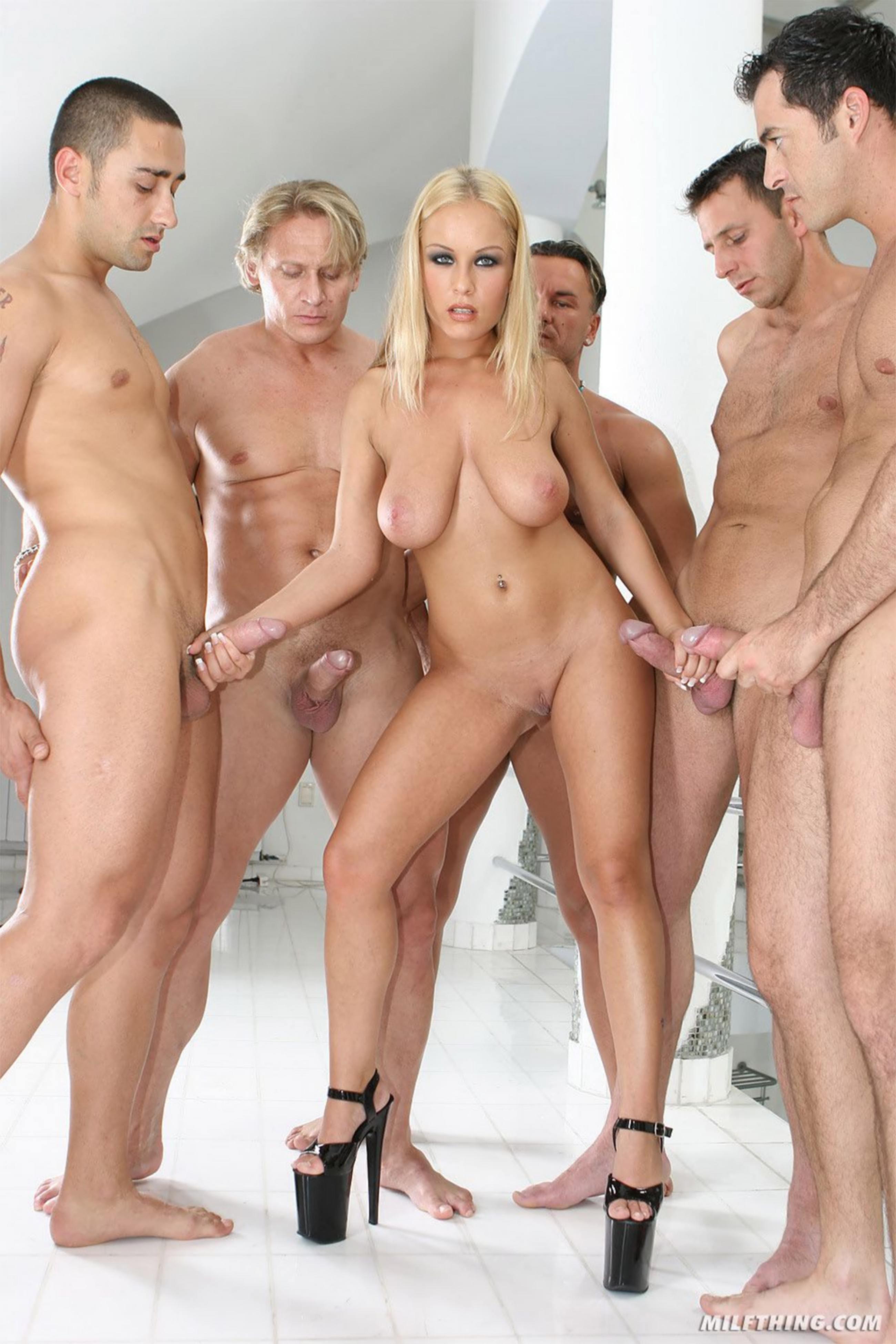 Фото группового порно любителей 20 фотография