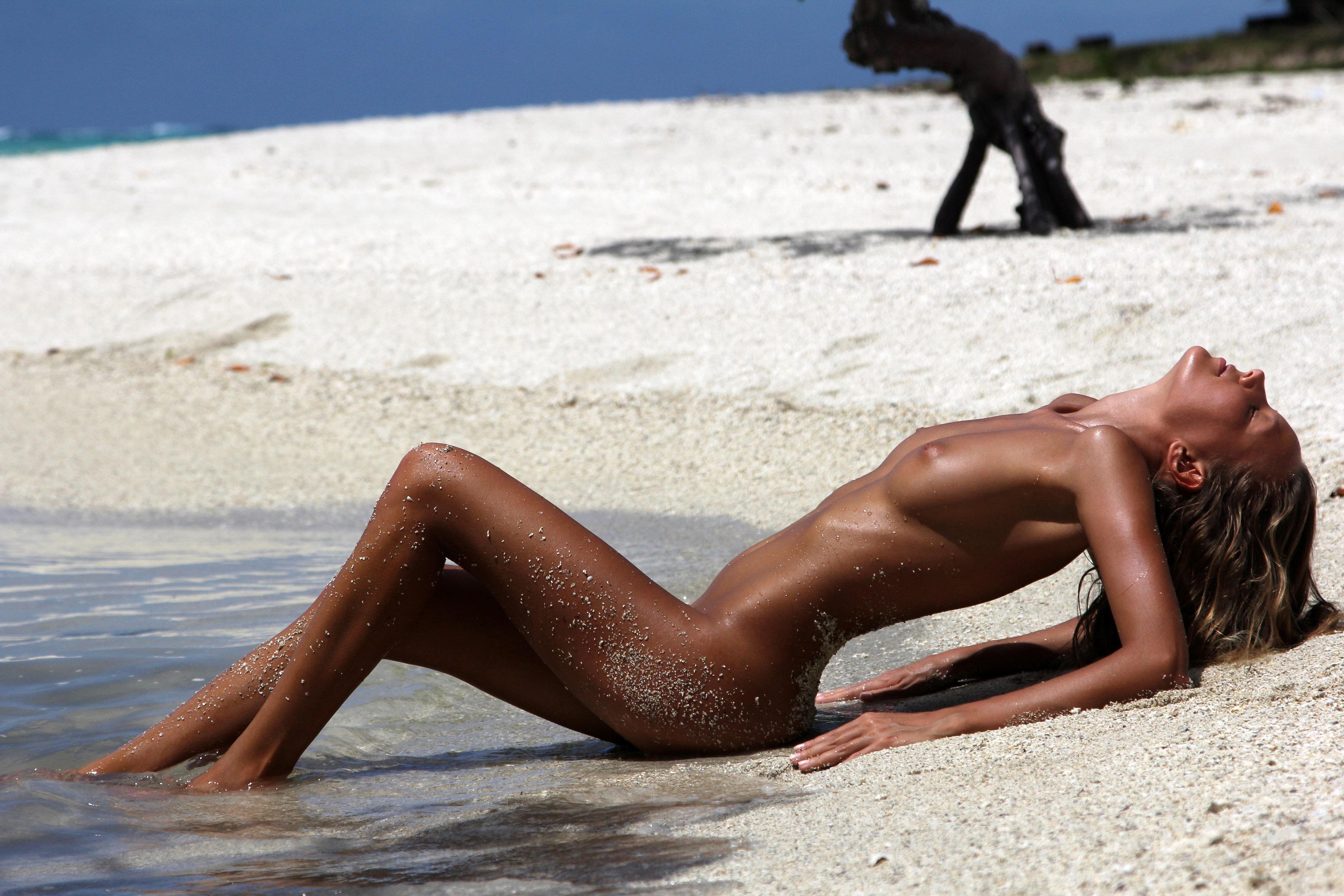 Nude beaches melbourne