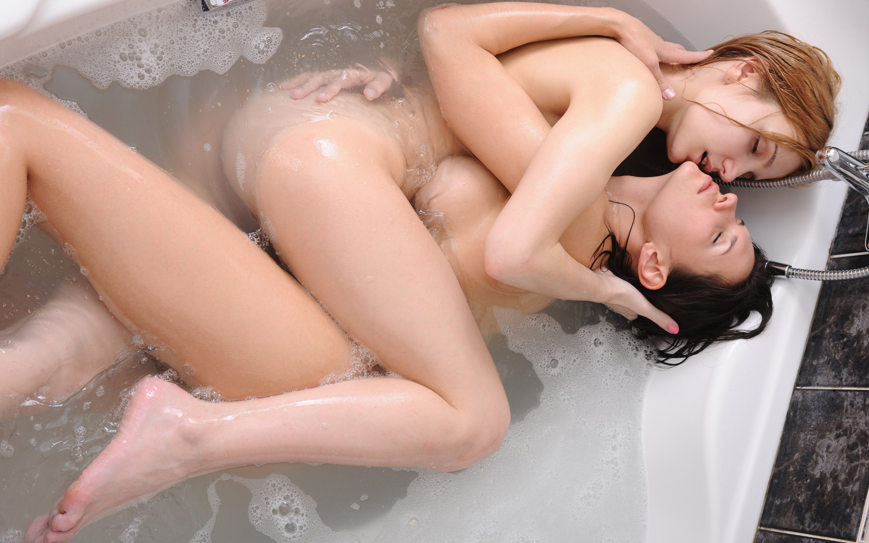 Wallpaper Girls, Nude, Love, Passion, Sex, Bath, Water -4307