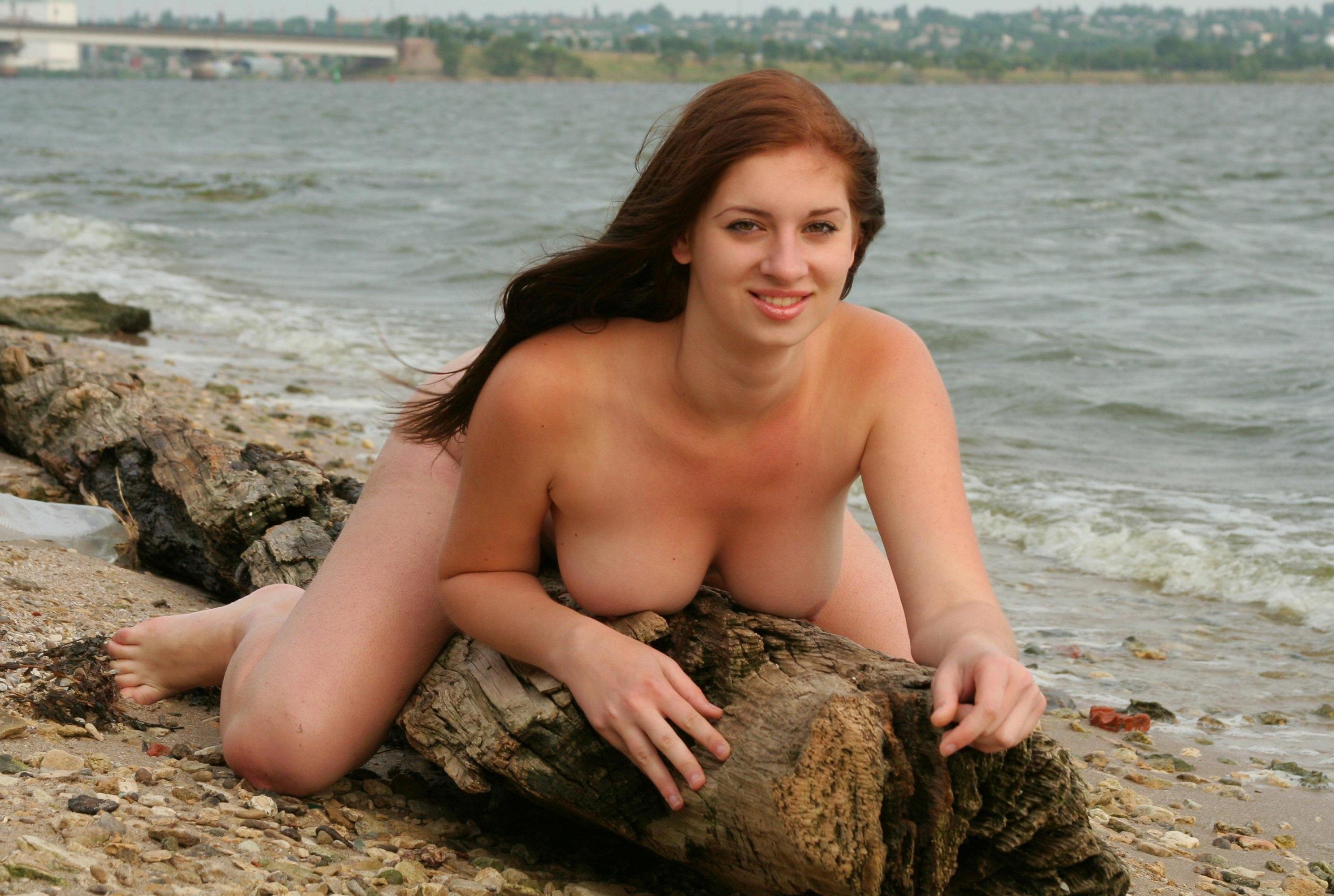 tall nude couple photos