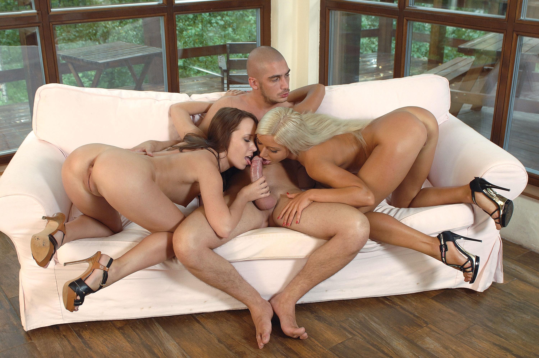 ... stella, hot girl, oral sex, blowjob, лижут писюн - ID: 73020