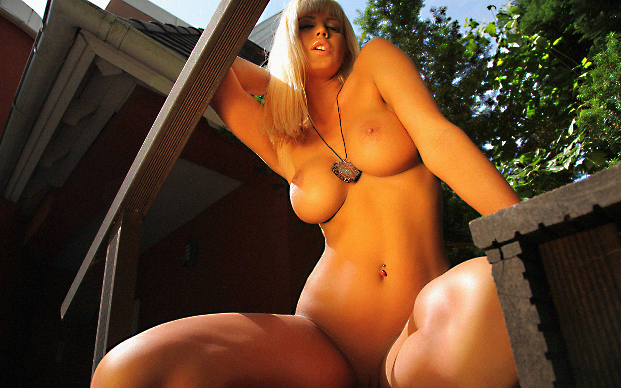 Wallpaper Amy, Big Tits, Blonde, Gorgeous, Hot, Hanging -7871