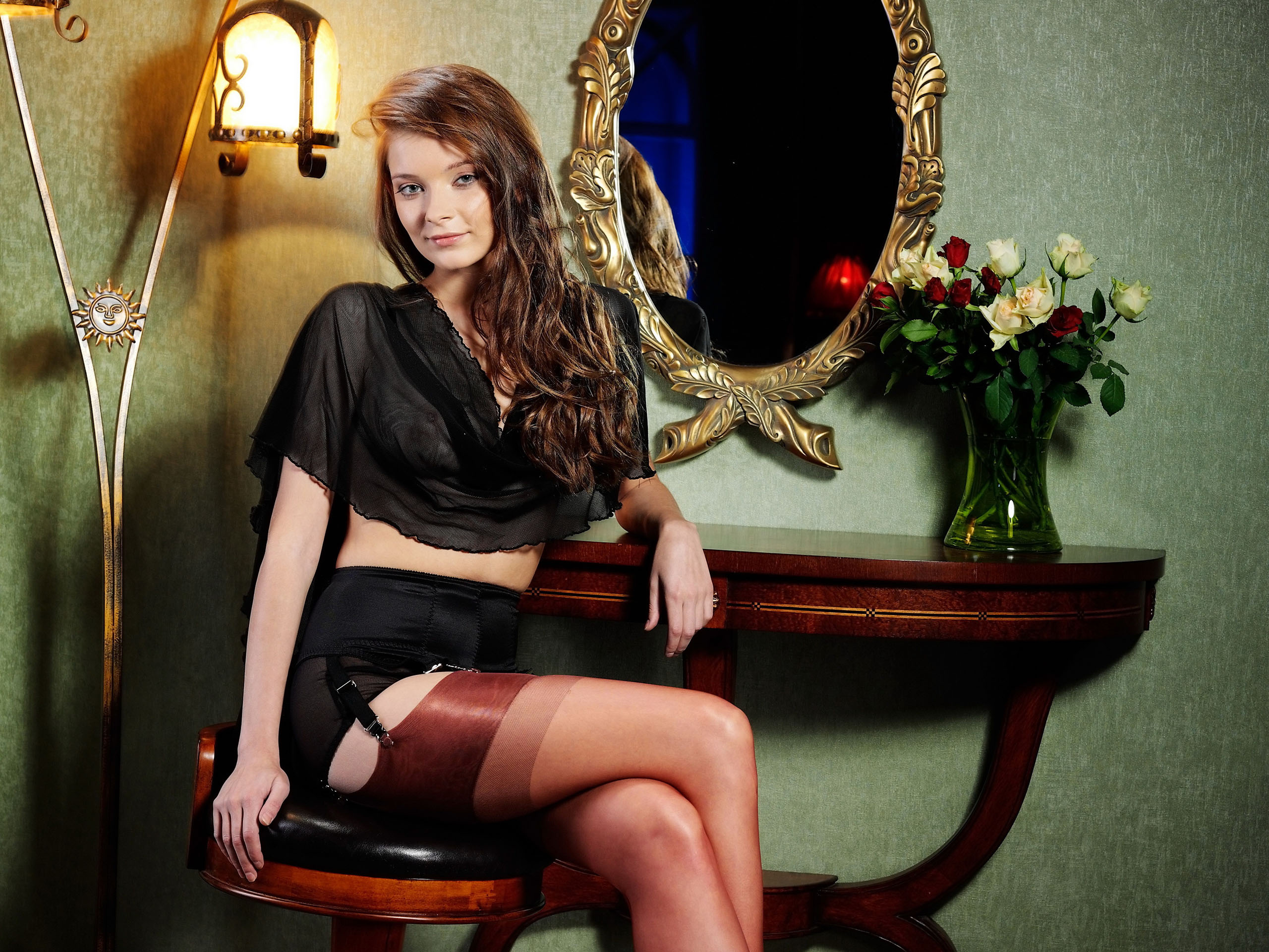 Анна в чулках 3 фотография