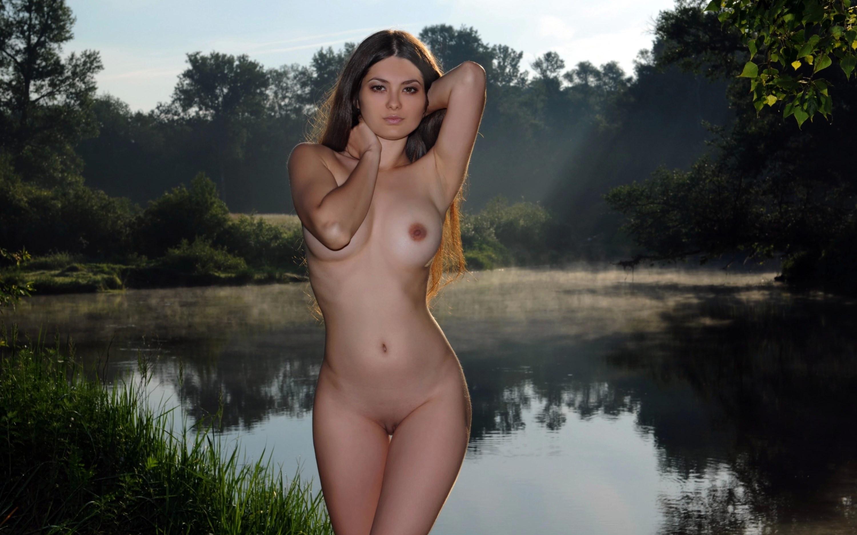 Sexy nude girls cain xxx photo