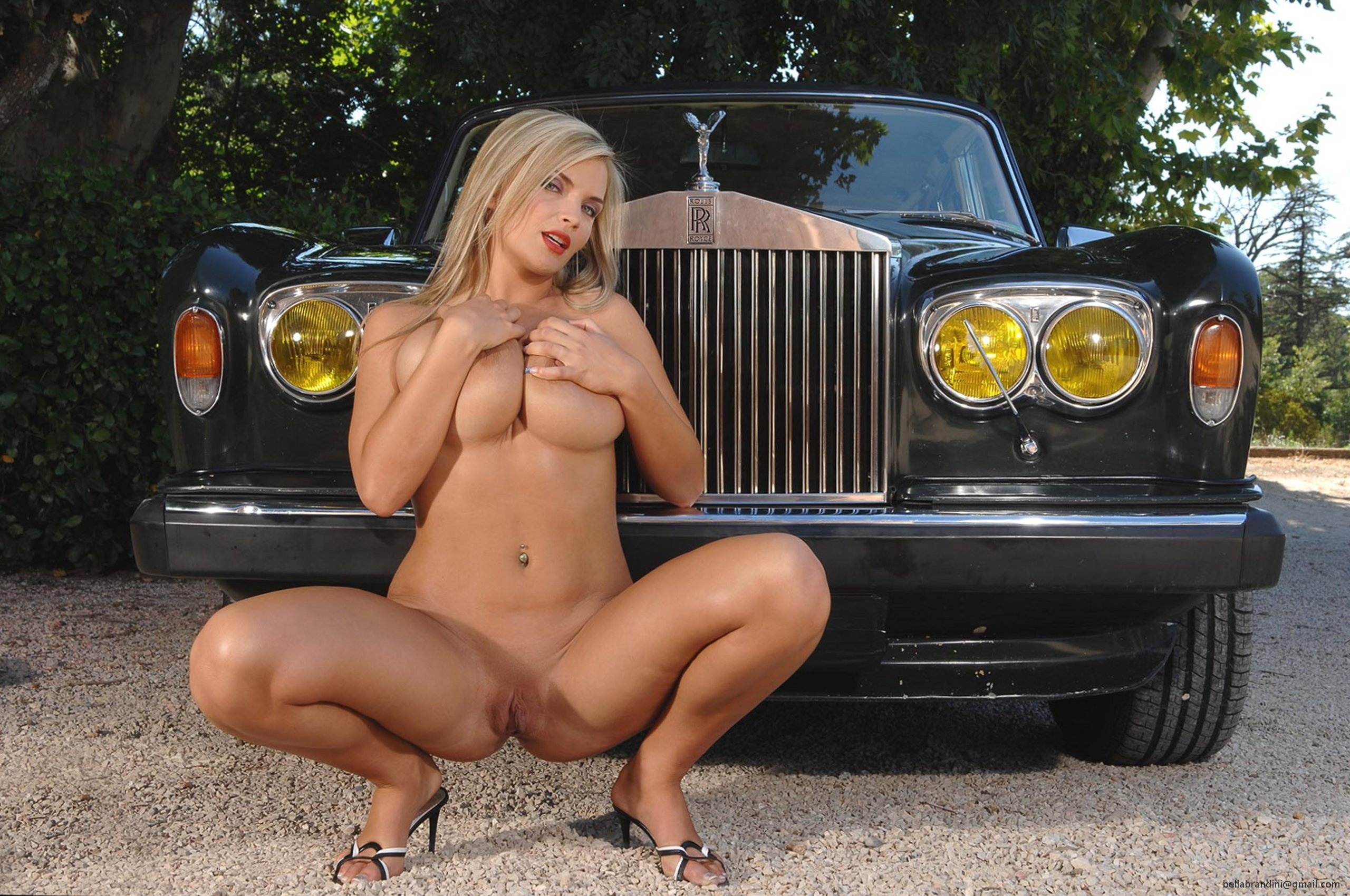 tits and cars