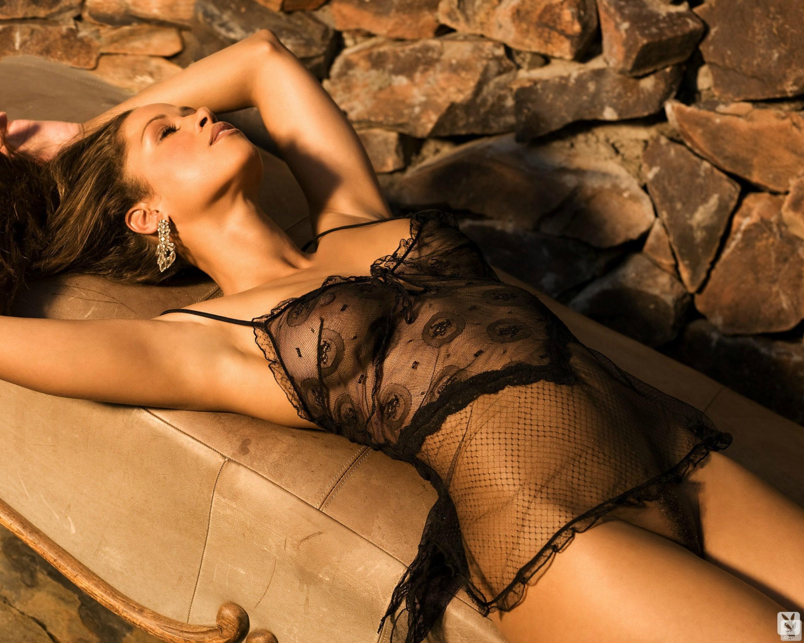 Stephanie courtney bj sex naked