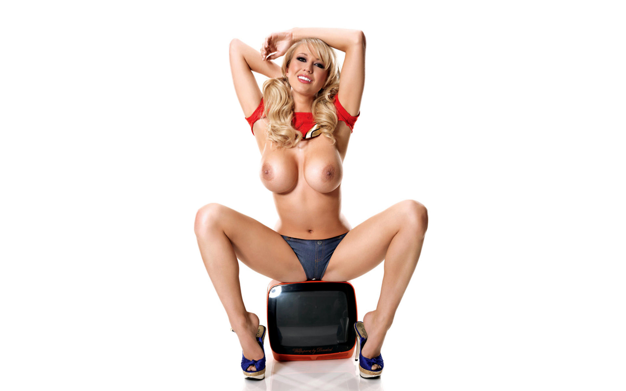 Was and Sophie reade topless join told