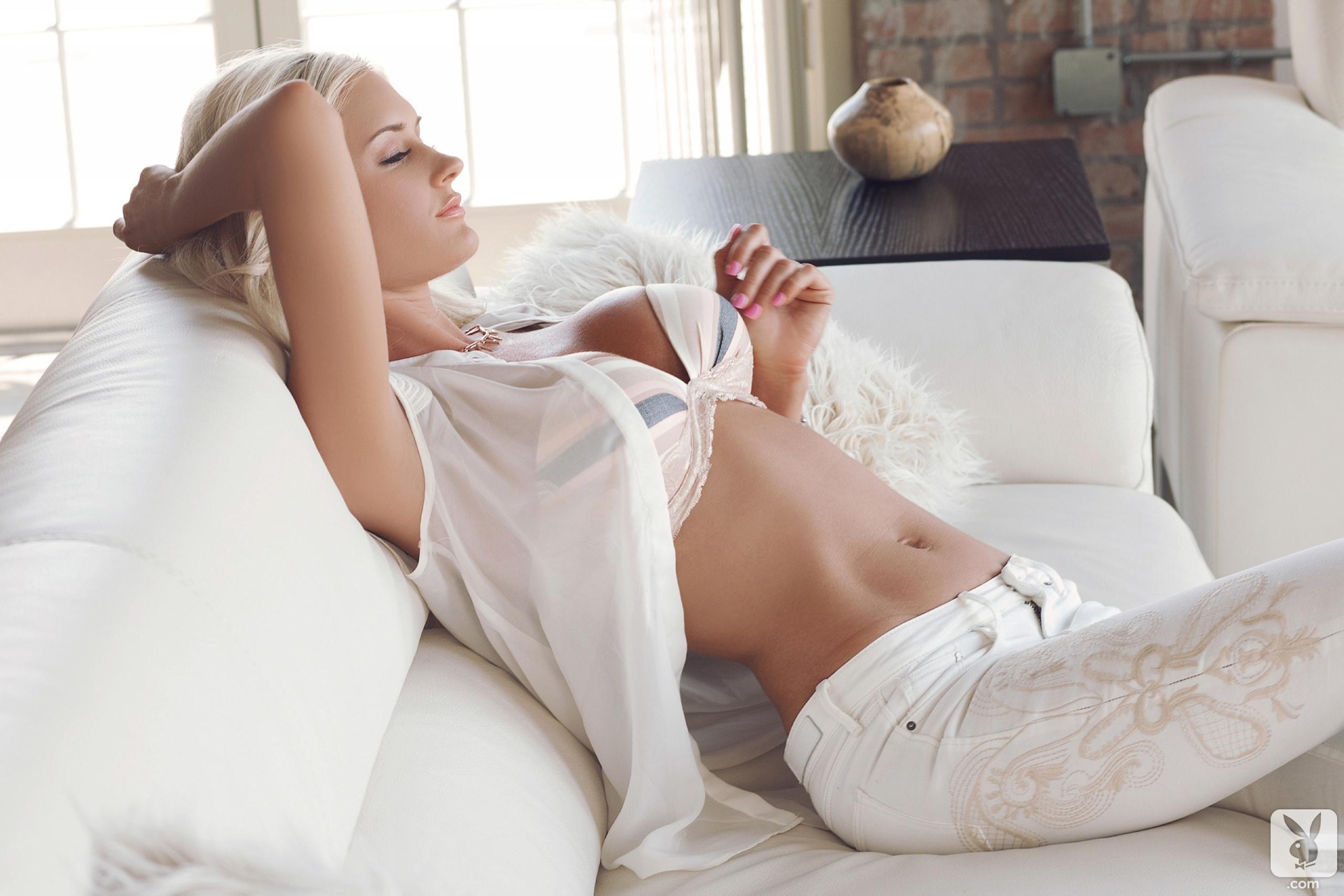Секс блондинка с большими глазами 15 фотография