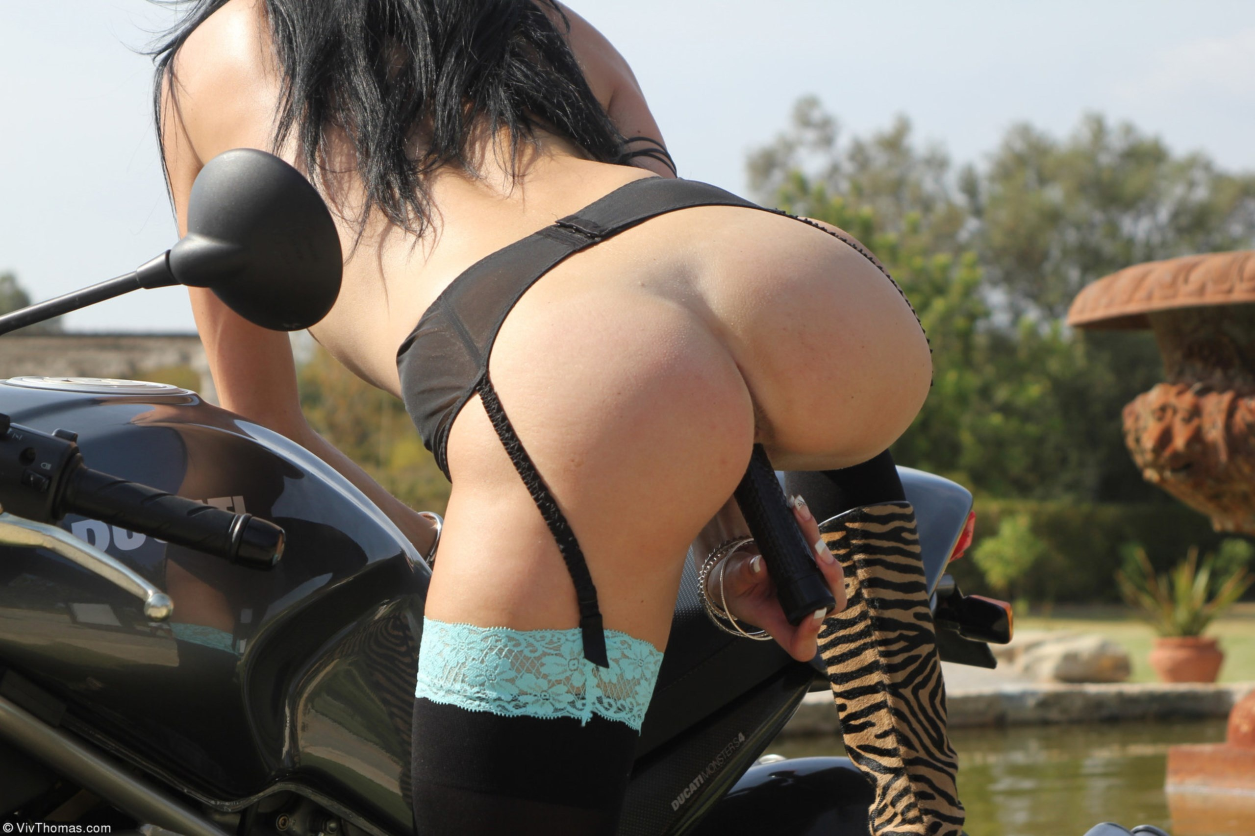 Sexy Broads Girls On Dildo Bikes