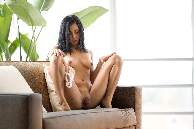 guiliana alexis hot