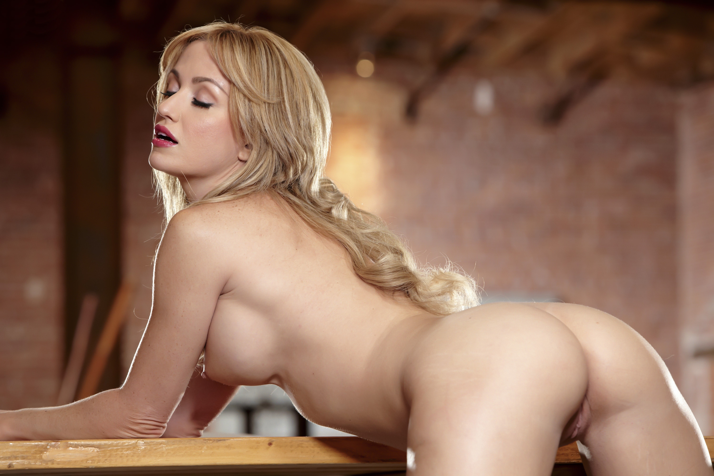Nude angela sommers