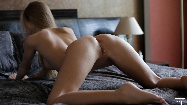 Женщины в позе раком голые